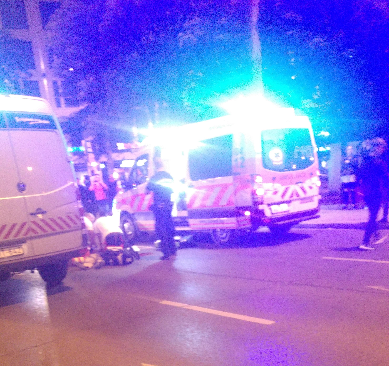 Gyalogost gázolt halálra egy autó éjszaka a Blaha Lujza téren