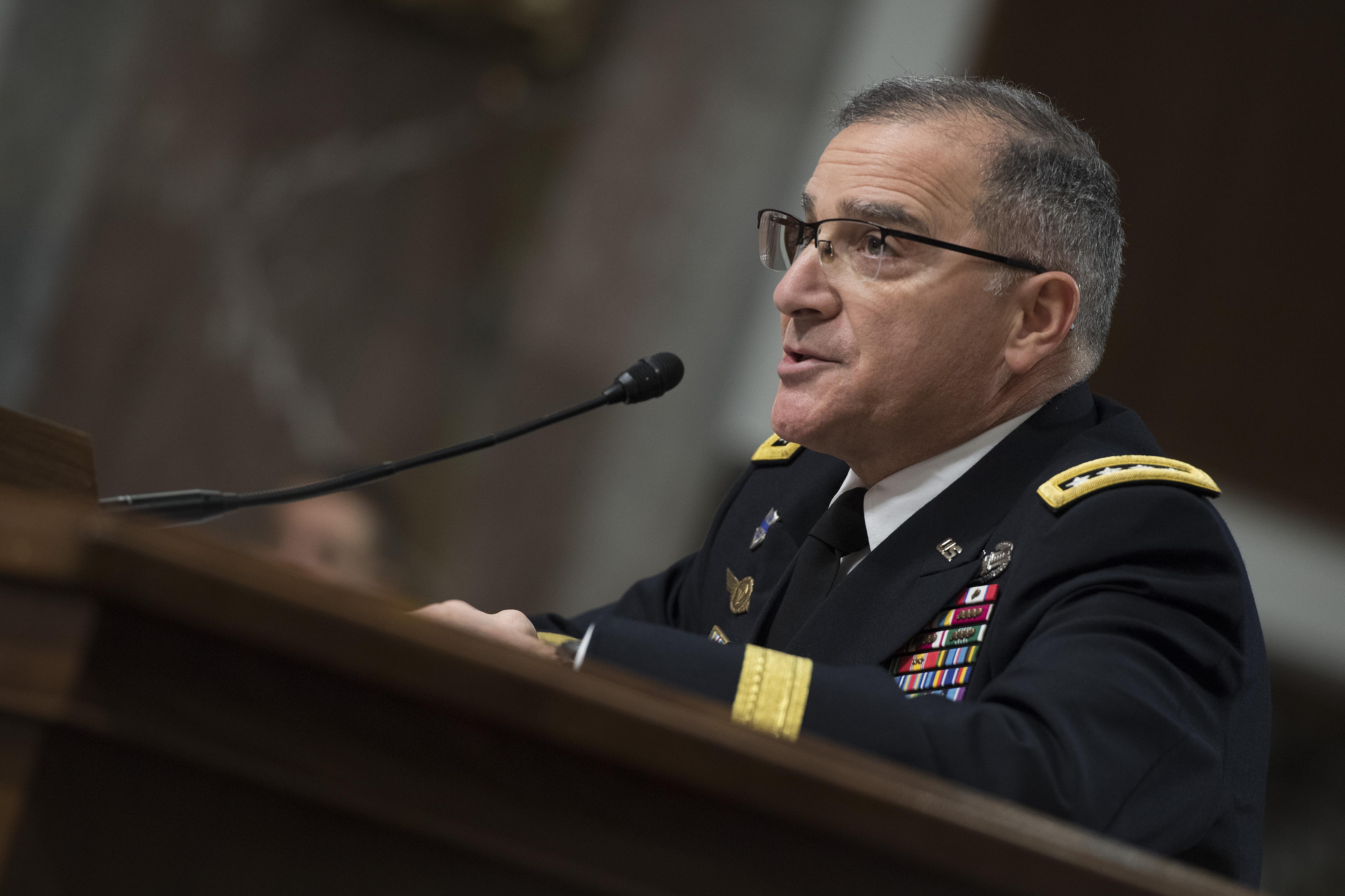 Több katona, kémrepülő kell az amerikai haderő európai parancsnokának az oroszok ellen