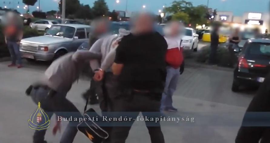 Elkapták a taxist megkéselő rablót
