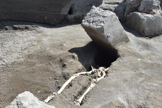 Megtalálták a legpechesebb pompeii csontvázát