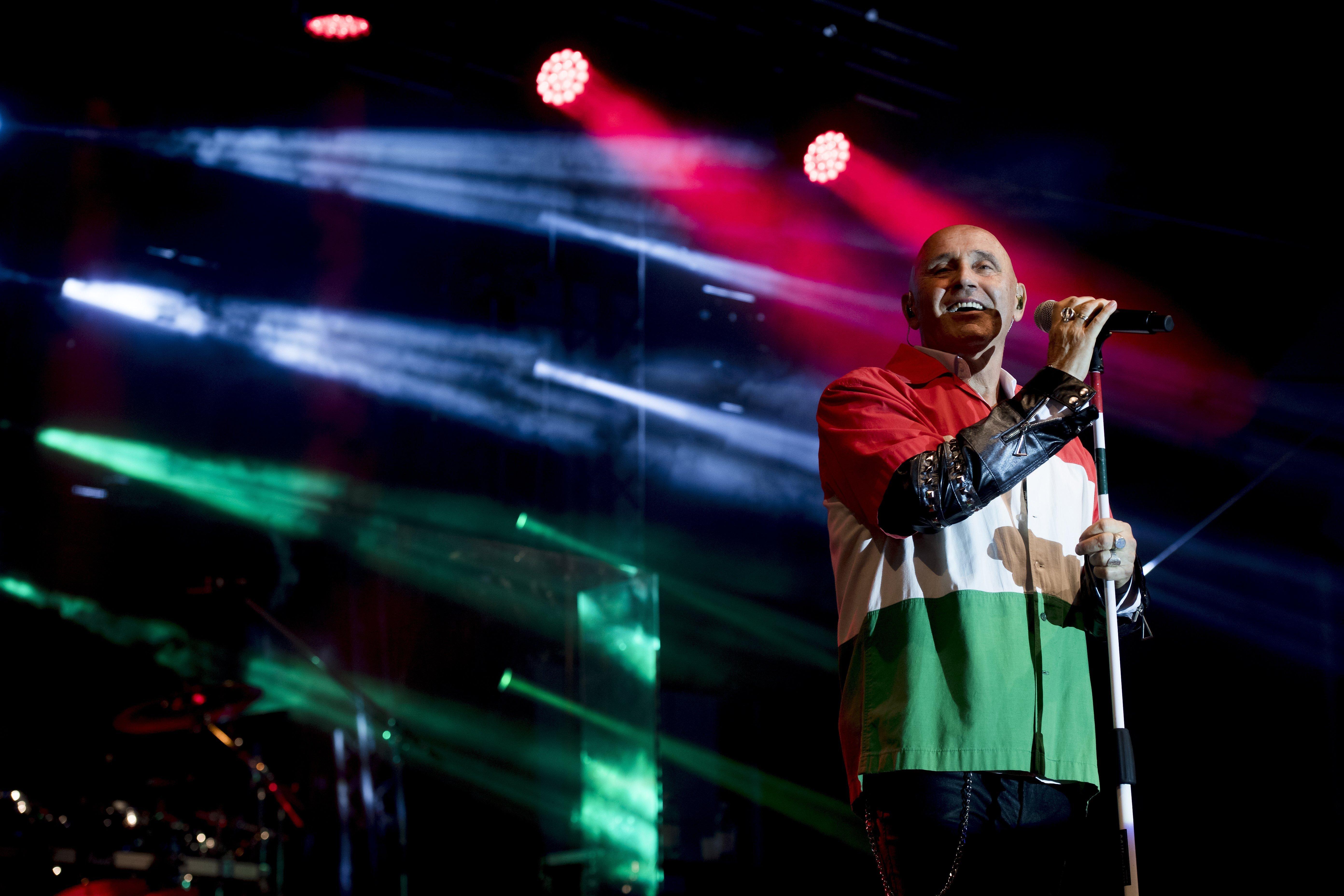 Pataky Attilát eltiltották az énekléstől koronavírusa után