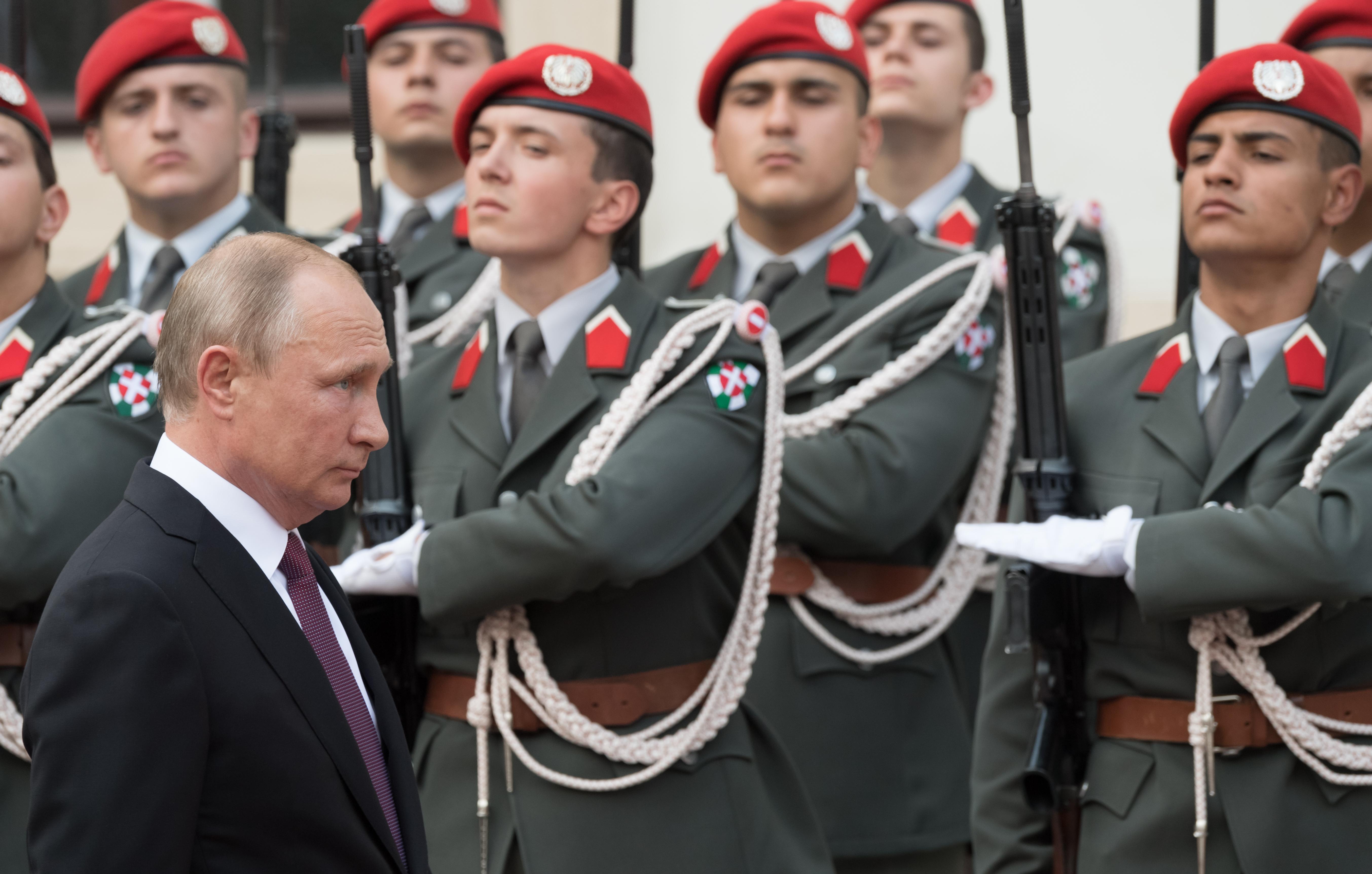 Ausztria rákapcsolt a Putyinnal való barátkozásra