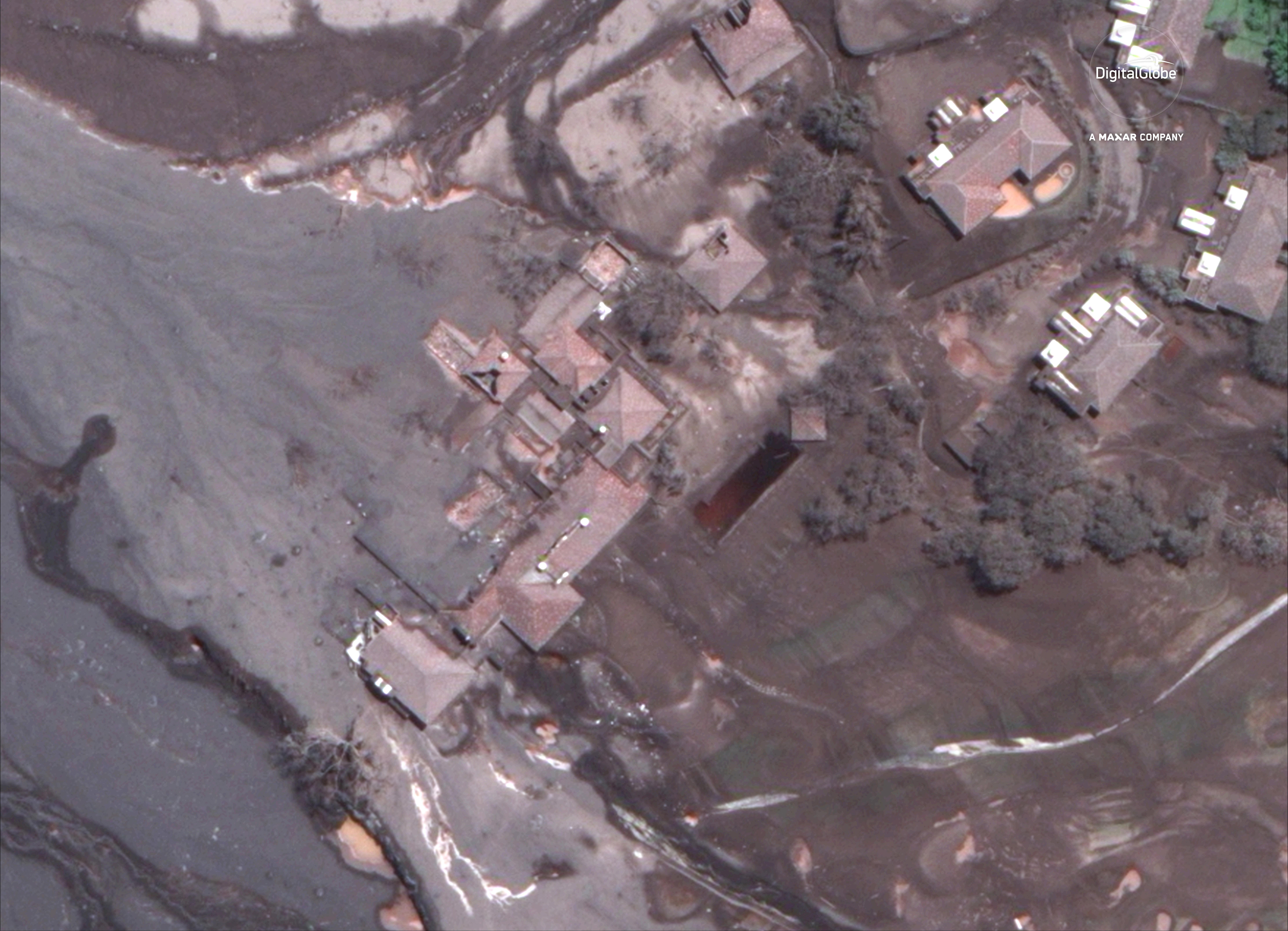 Műholdképek mutatják a pusztítást, amit a vulkánkitörés végzett Guatemalában