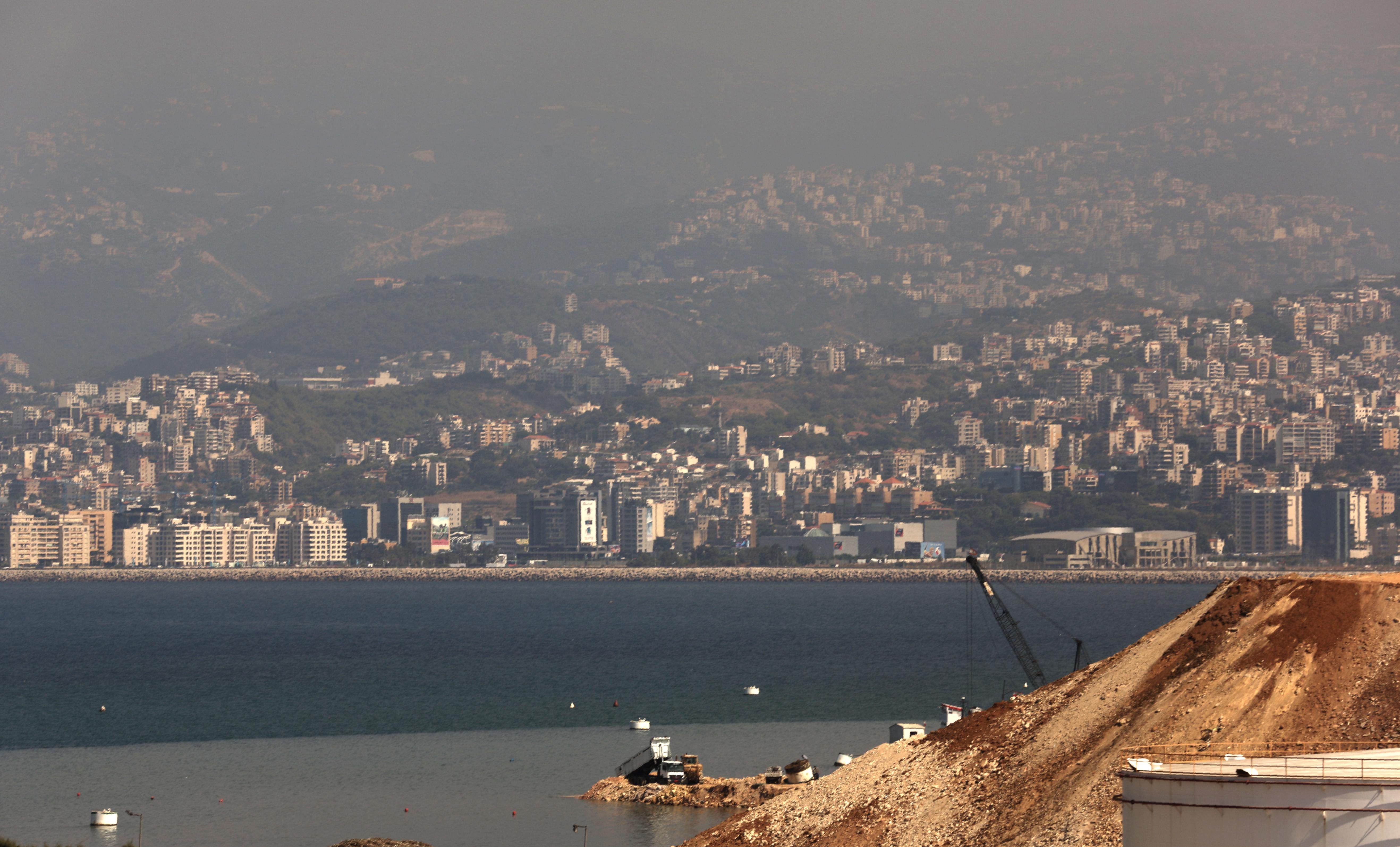 Tele van műanyagszeméttel a Földközi-tenger