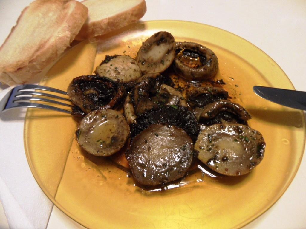 Grillezve vagy mikrózva egészségesebb a gomba, mint olajban vagy vízben elkészítve