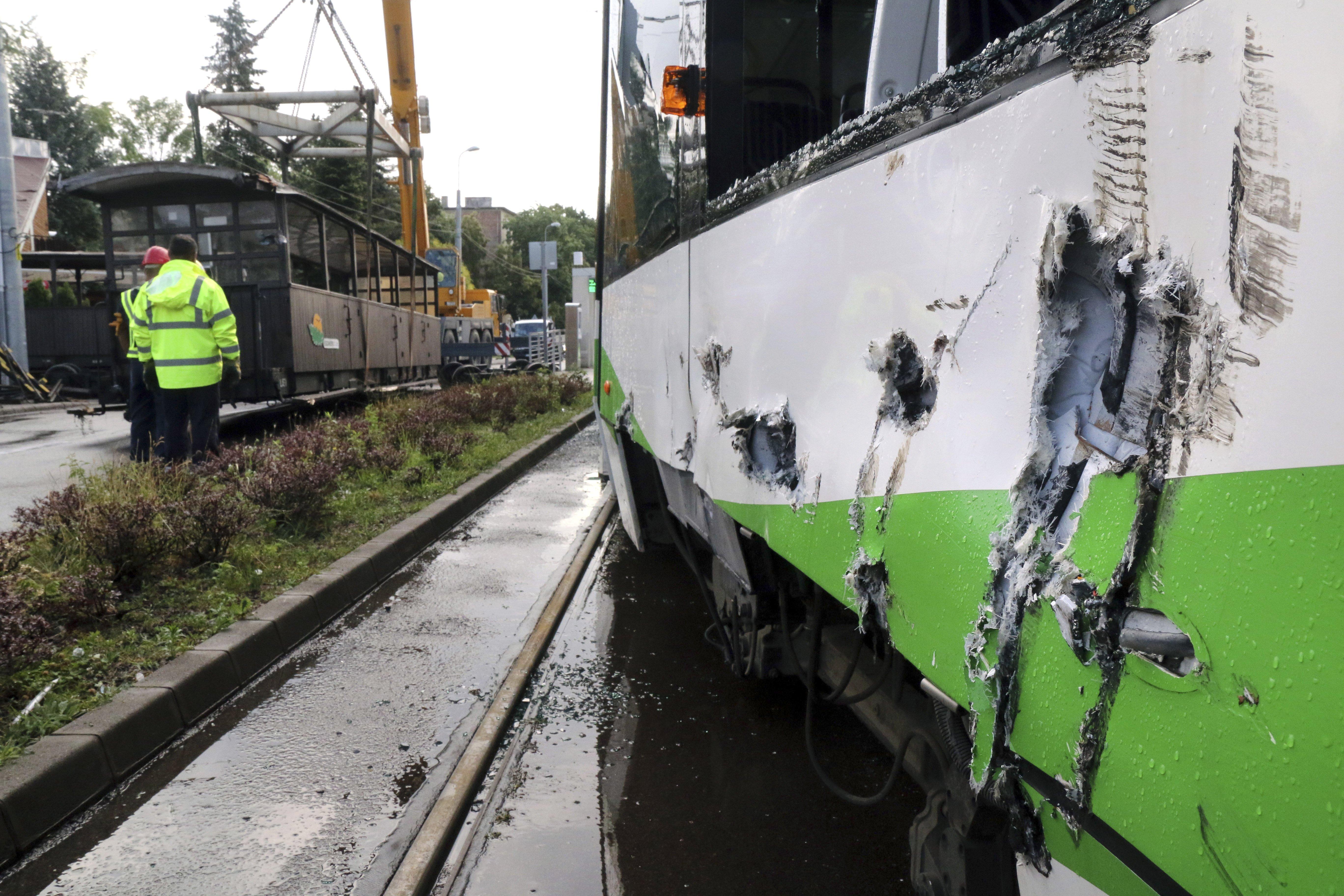 Elszabadult és villamosnak ütközött a lillafüredi kisvasút két kocsija