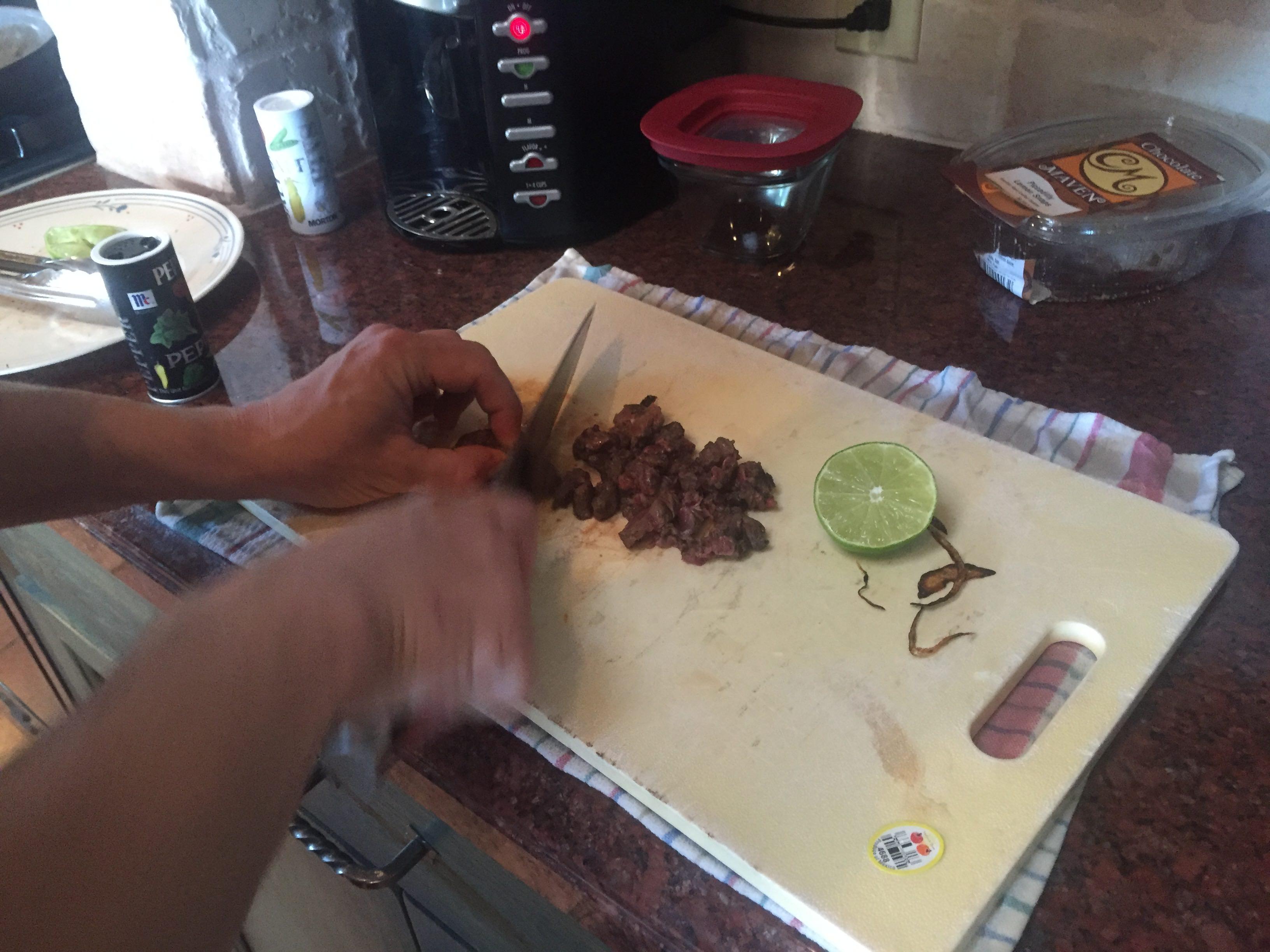 Etikus kannibalizmus: amputált lábát szolgálta fel barátainak vacsorára egy amerikai férfi