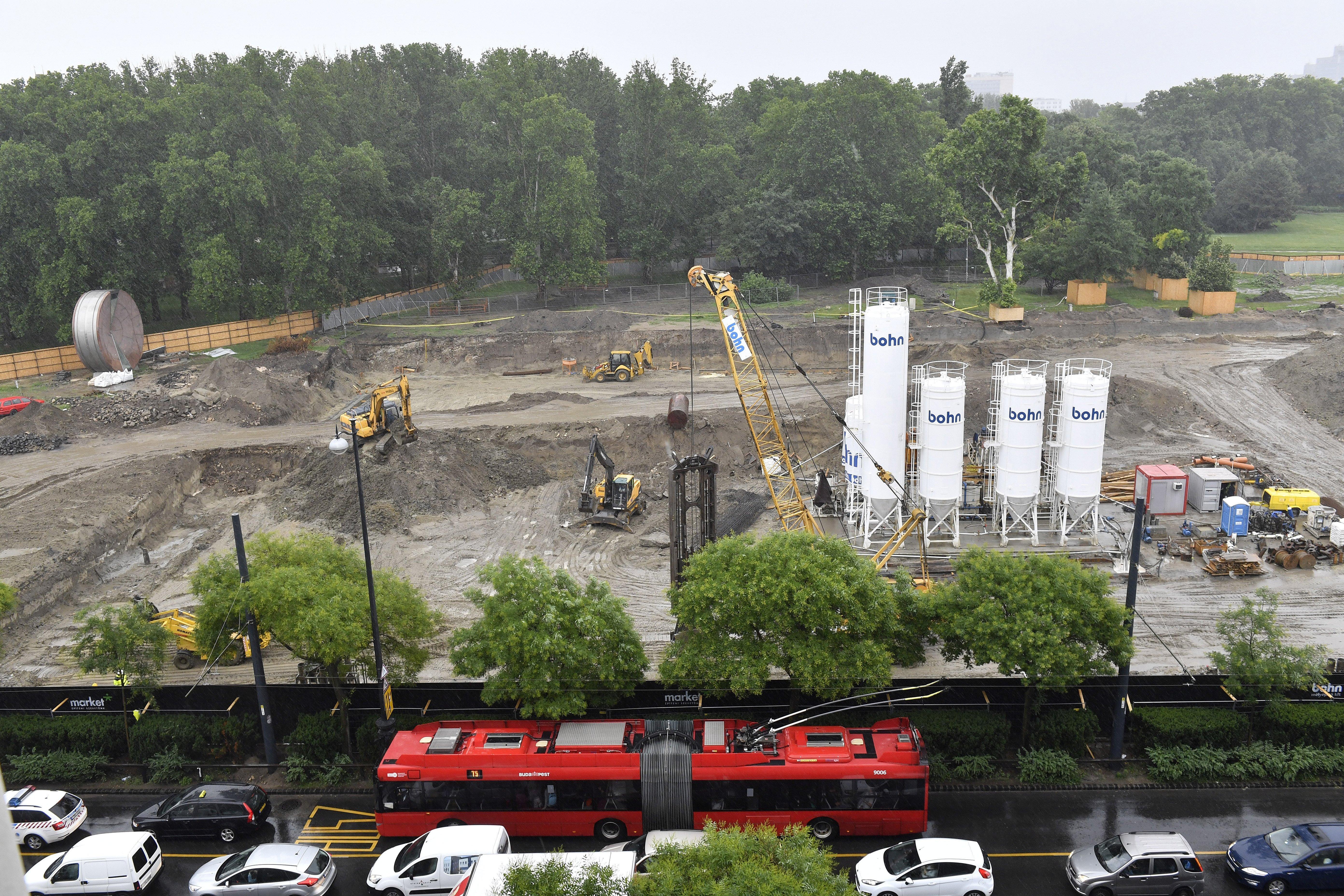 A főigazgató szerint folytatódik a Néprajzi Múzeum építése a Városligetben