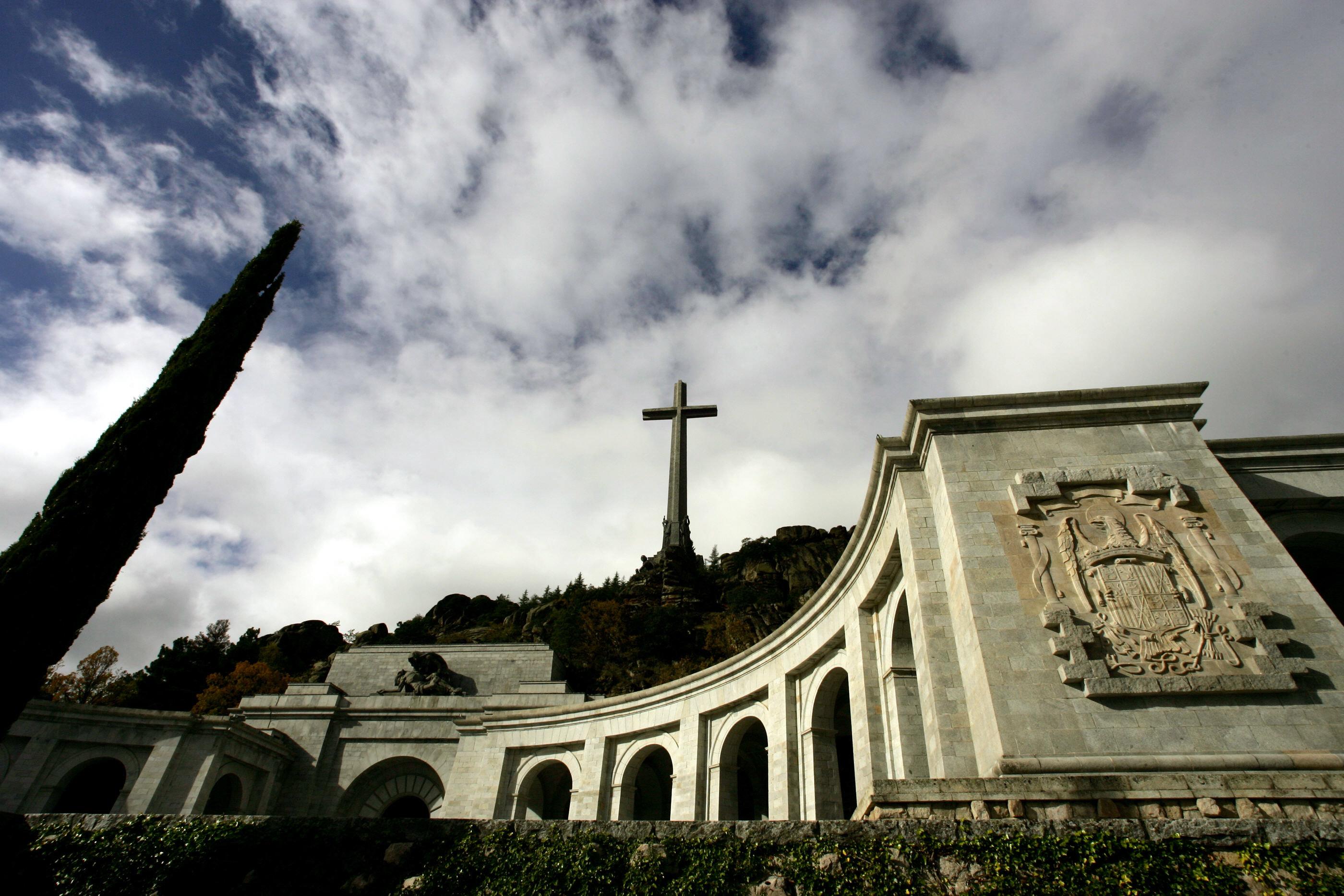Eltávolítja Franco tábornok földi maradványait a polgárháború áldozatainak mauzóleumából az új spanyol kormány