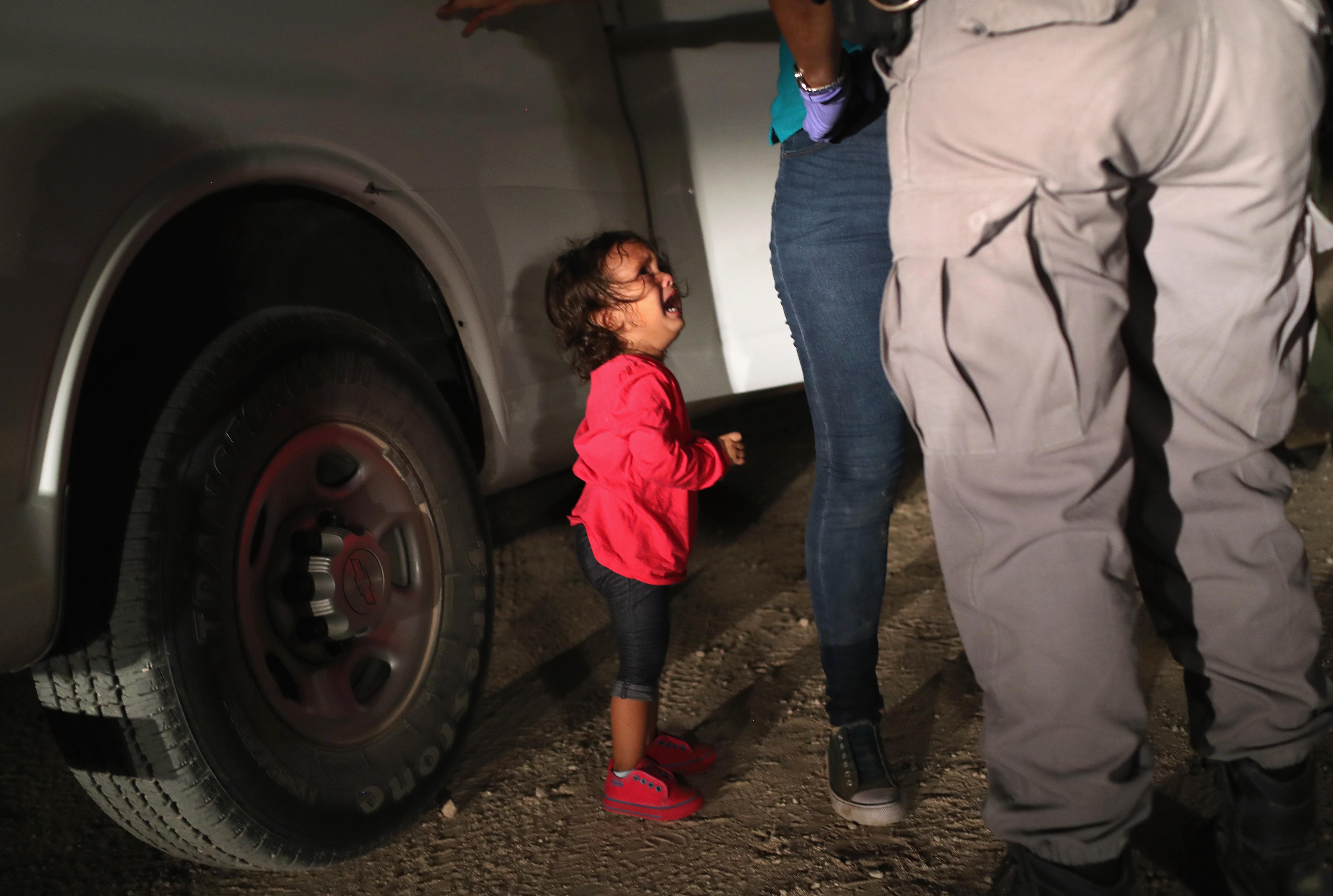 Ártatlan gyerekek szenvedése árán szigorítaná Trump a bevándorlást