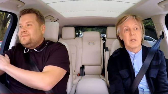 Paul McCartney ült be vendégként az autós karaoke műsorba