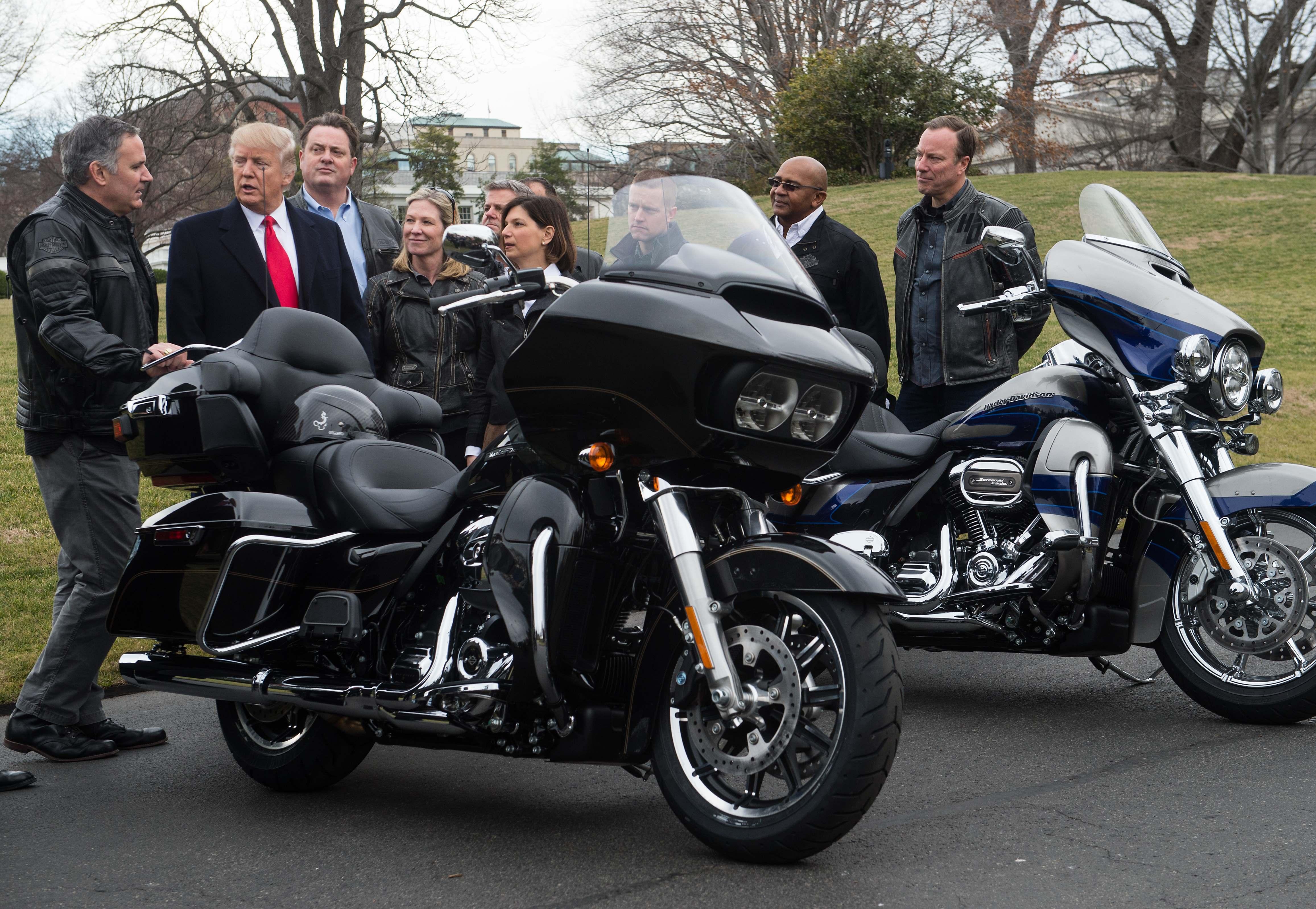 Trump kereskedelmi háborúja miatt még több motort gyárthat az USA-n kívül a Harley-Davidson
