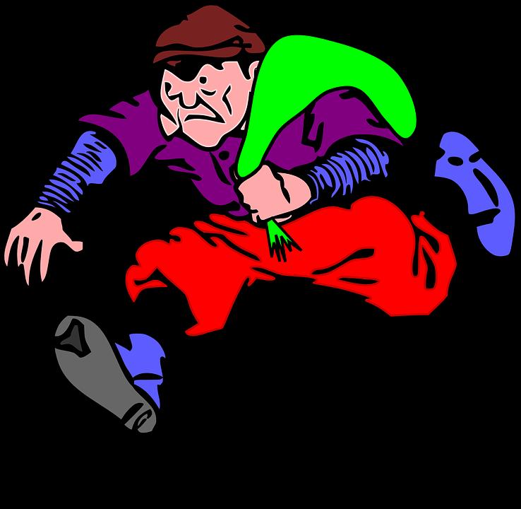 A csongrádi fiatal mobilra akarta cserélni a lopott motoros fűrészt, de a cserepartnernek nem kellett, csak úgy, ha lop mellé még egy szerszámgépet is