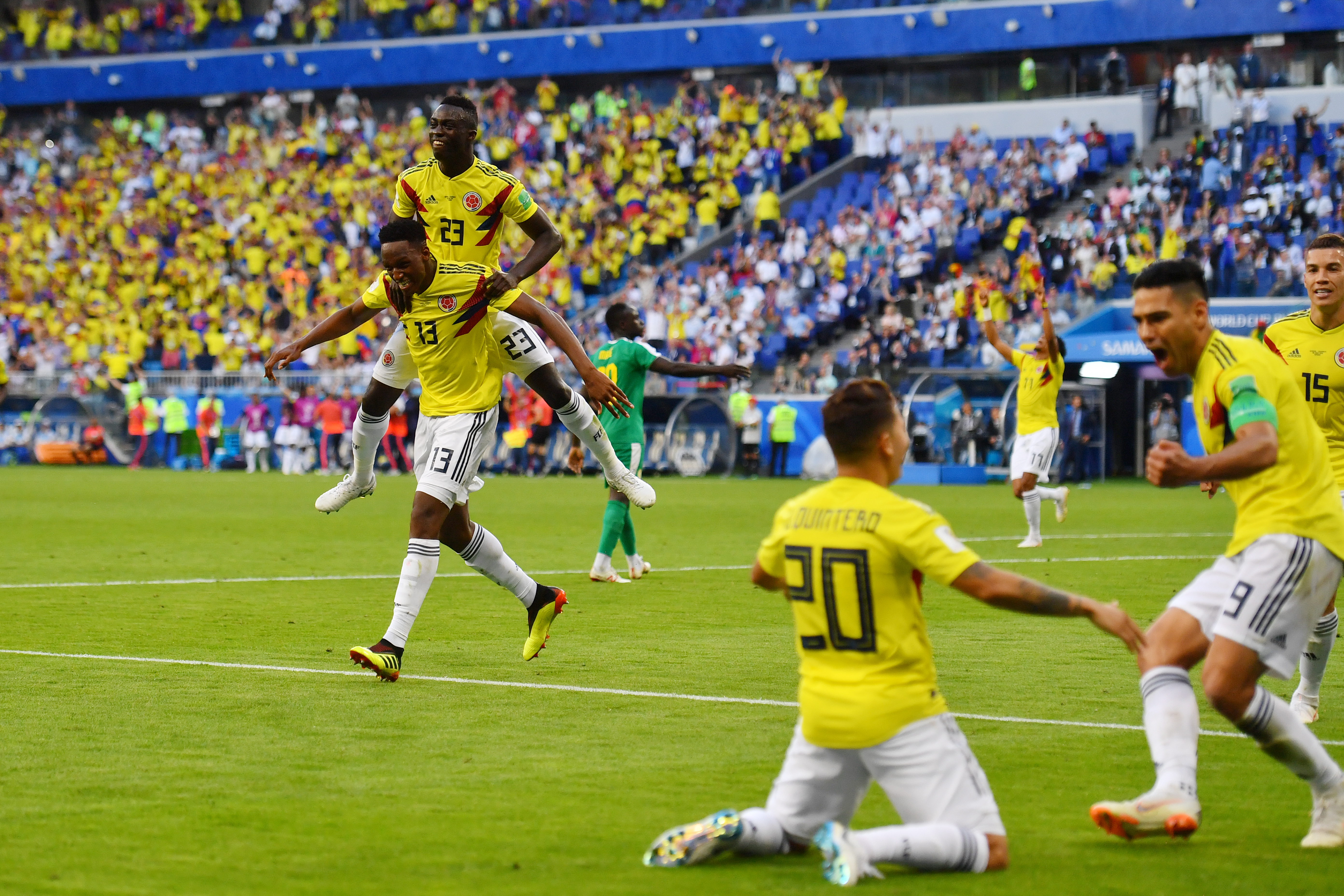 Elképesztő dráma: Szenegál kikapott Kolumbiától és több sárga lapja miatt kiesett a vébéről