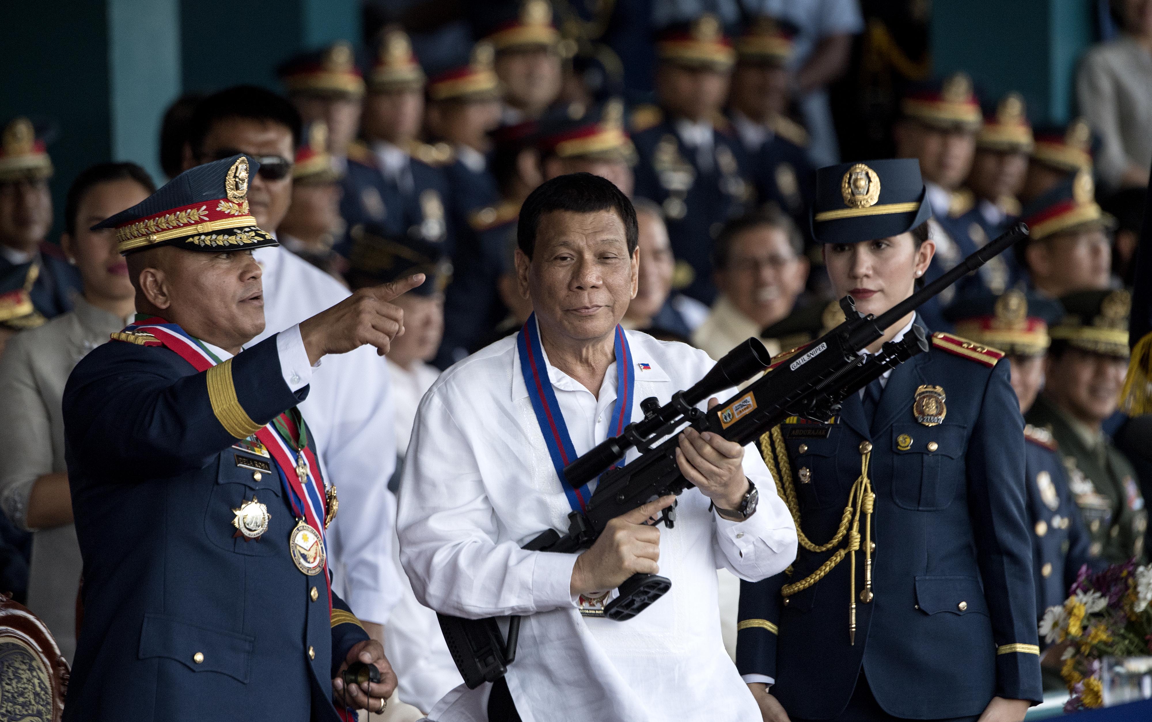 """""""Akit behoznak a rendőrségre, mert nem volt rajta maszk, az egy életre szóló leckét kap"""" - üzente népének a Fülöp-szigeteki elnök"""