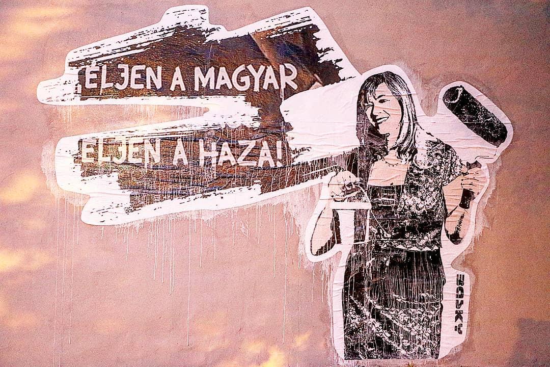 Festőhengeres Schmidt Mária került a lemázolt Pruck Pál helyére