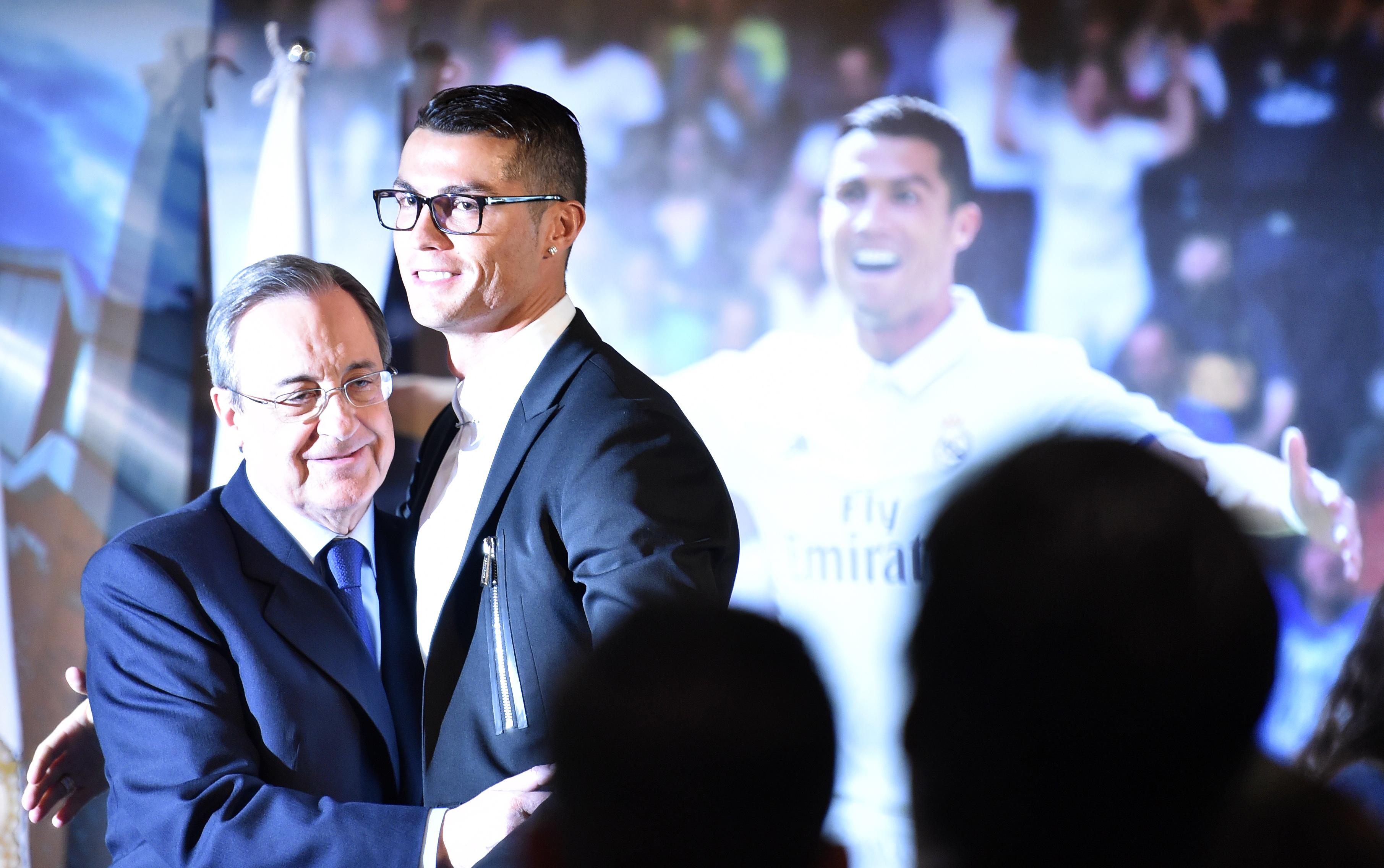 Florentino Perez maffiastílusban fenyegette az UEFA elnökét, és belengette, hogy ha a fiatal tévénézők úgy akarják, lerövidíthetik a játékidőt is