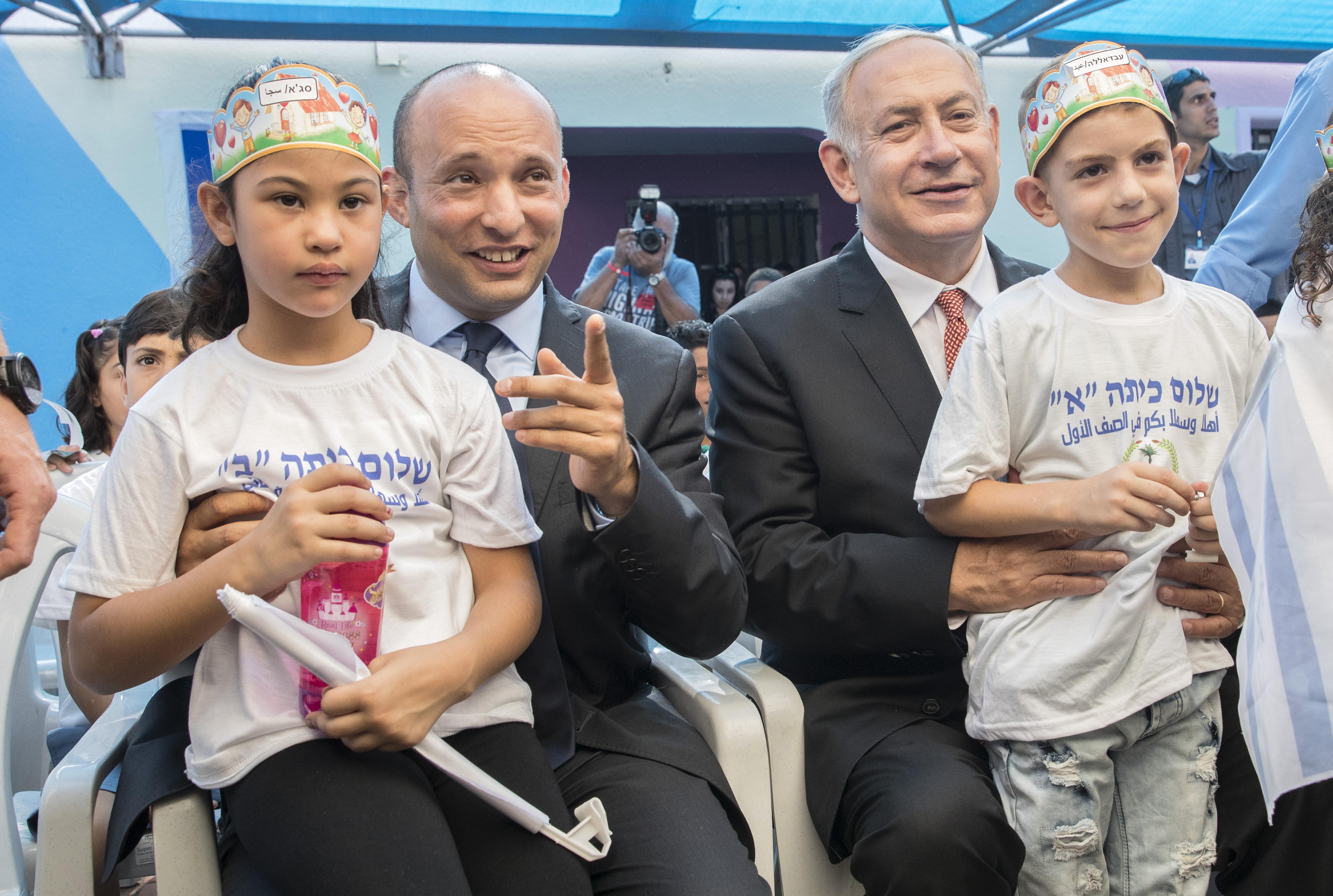 Összeáll a koalíció, ami letaszítaná Netanjahut Izrael éléről