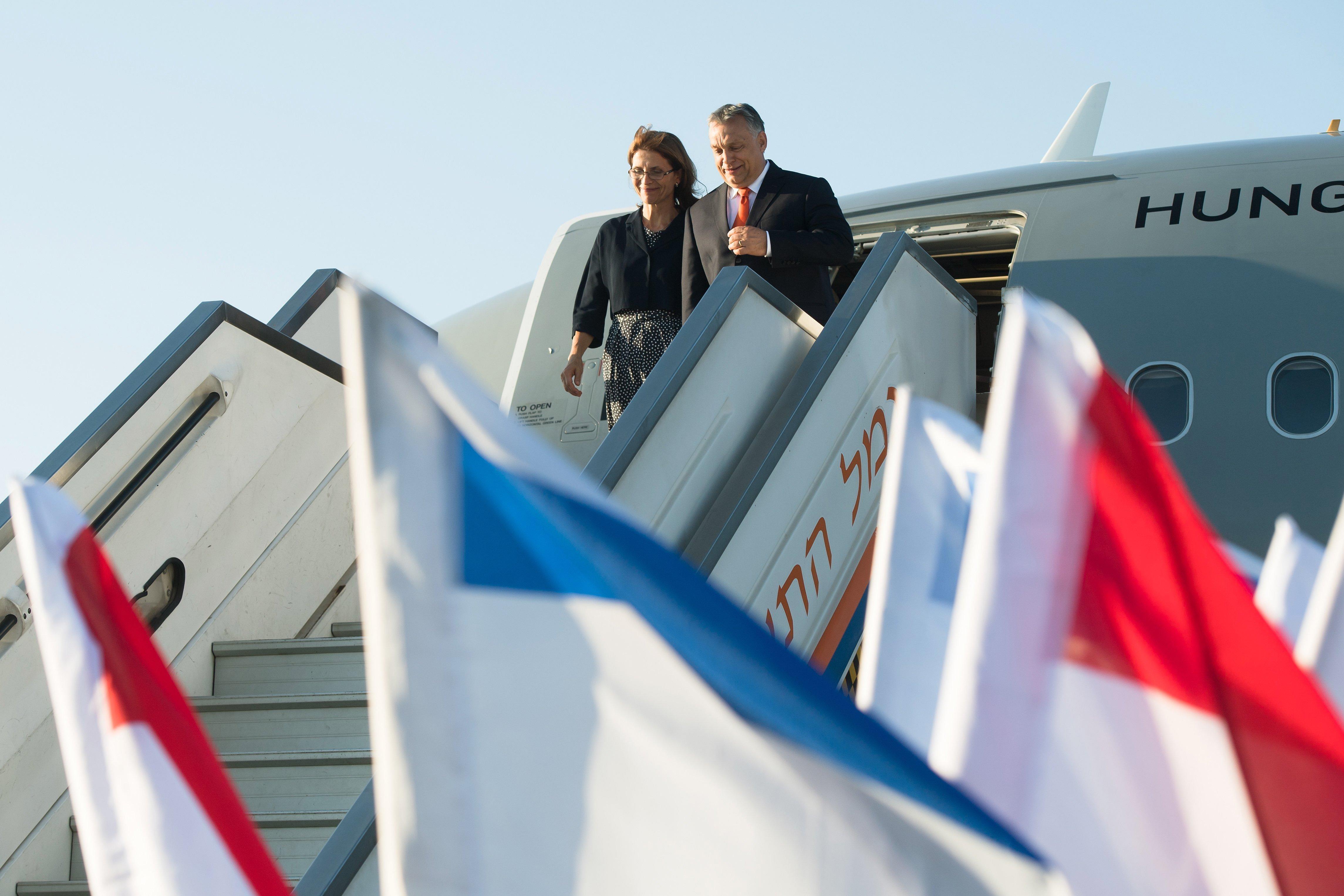 Mivel Orbán a Honvédség gépével repült, arra sem lehet rákérdezni, mennyibe került az út