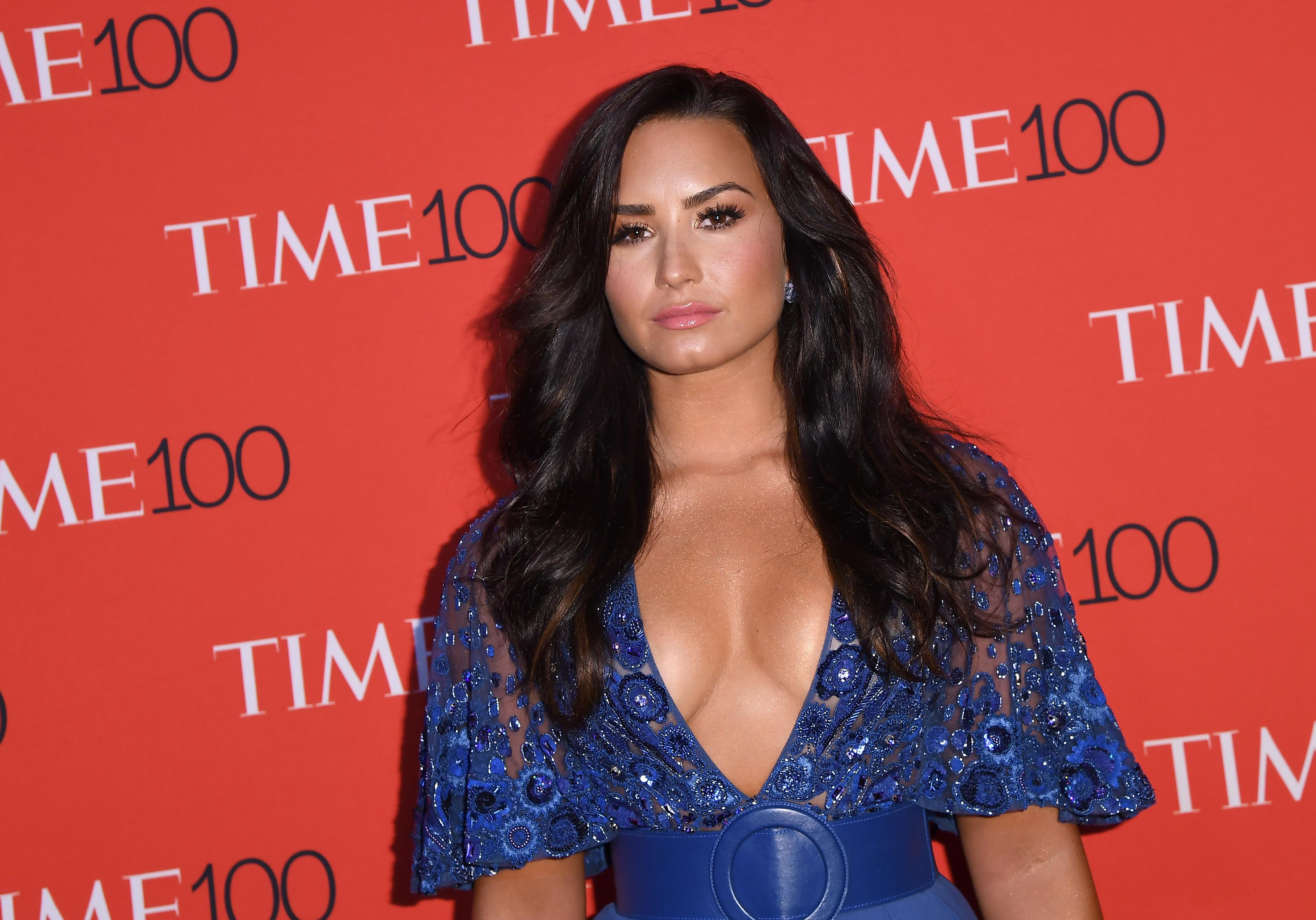 Herointúladagolás miatt került kórházba Demi Lovato