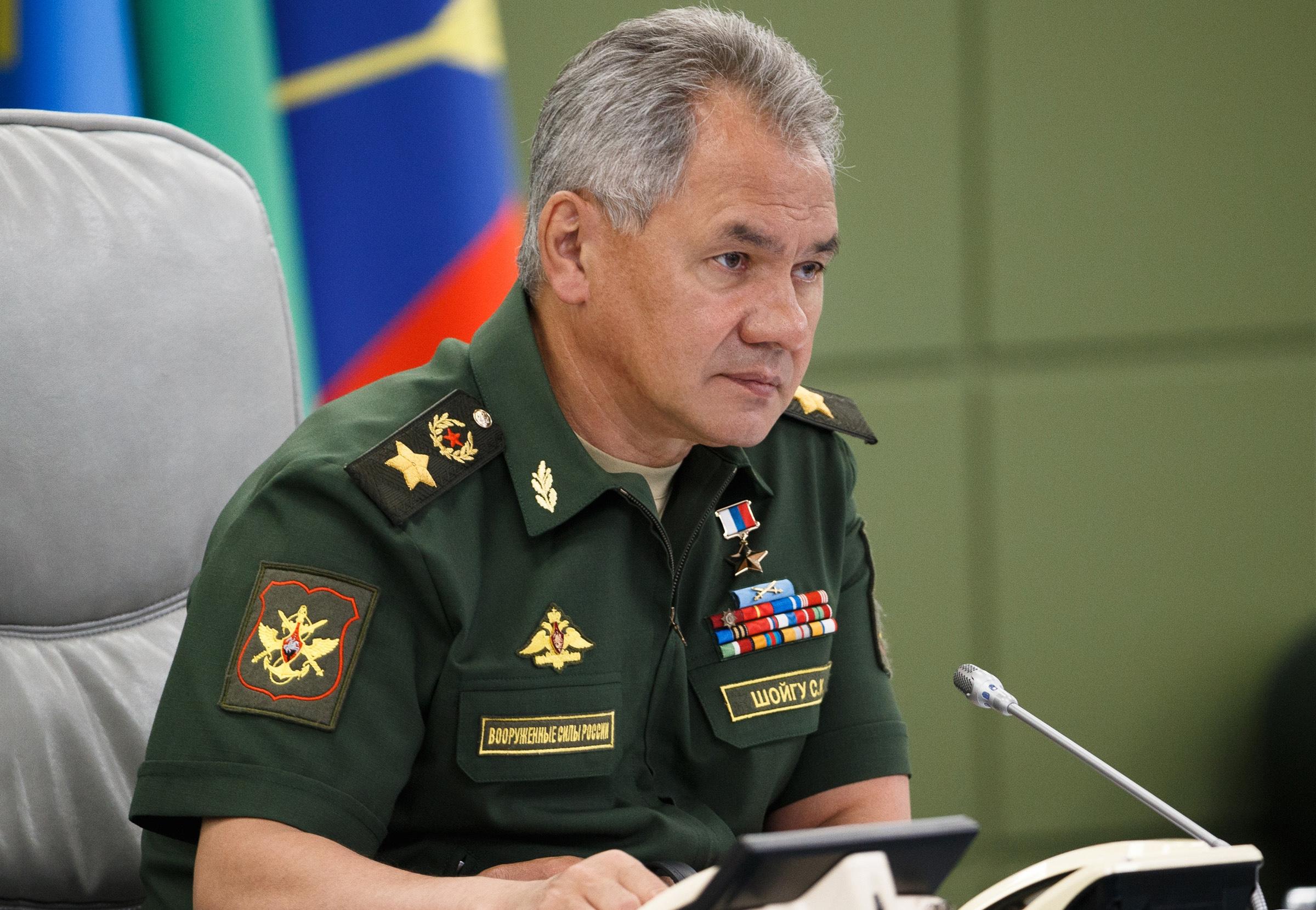 Az orosz védelmi miniszter szerint Moszkva ellensúlyozni fogja a NATO kelet-európai katonai jelenlétének erősödését