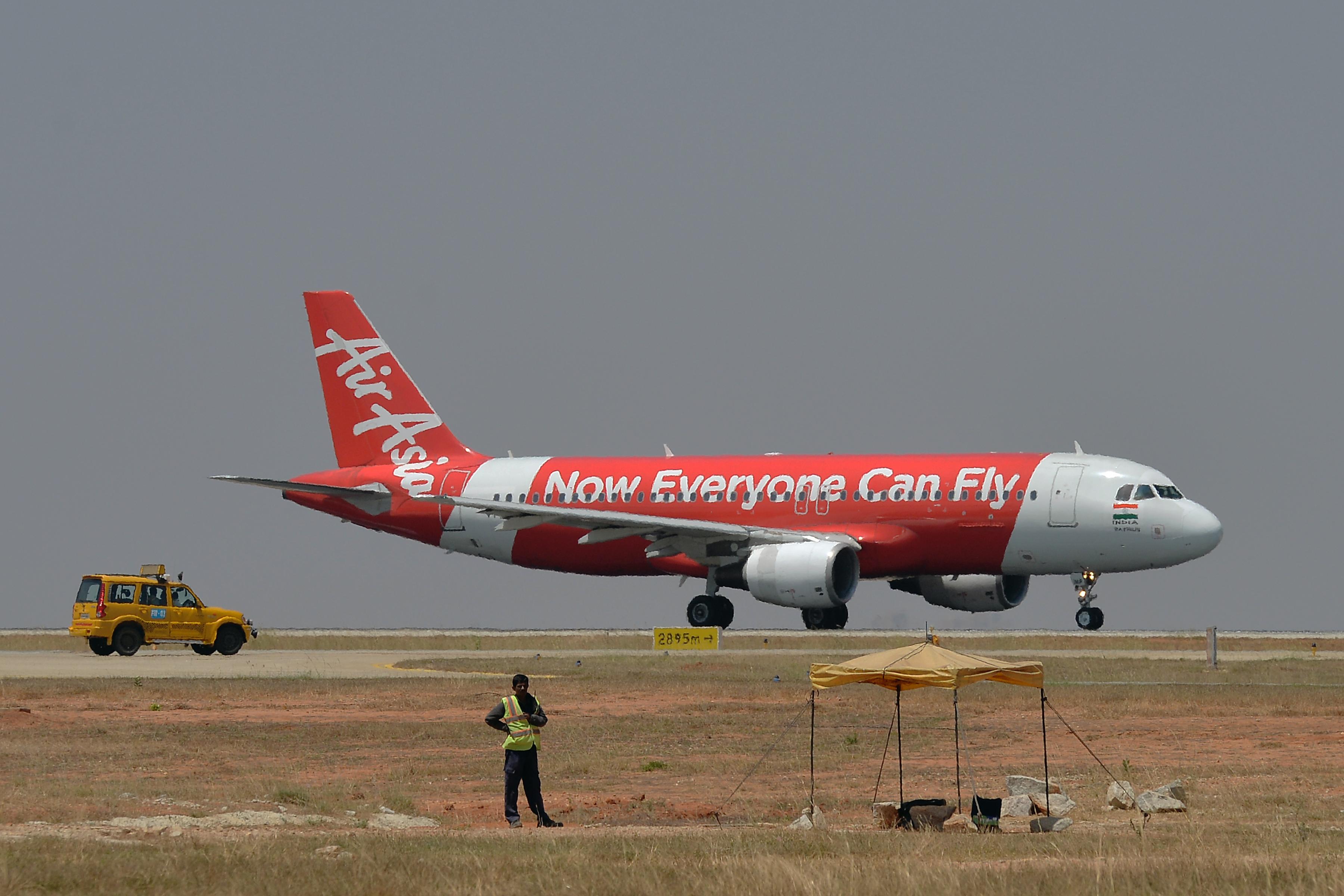 Egy utas karjai között halt meg egy csecsemő egy Kuala Lumpur-i repülőn