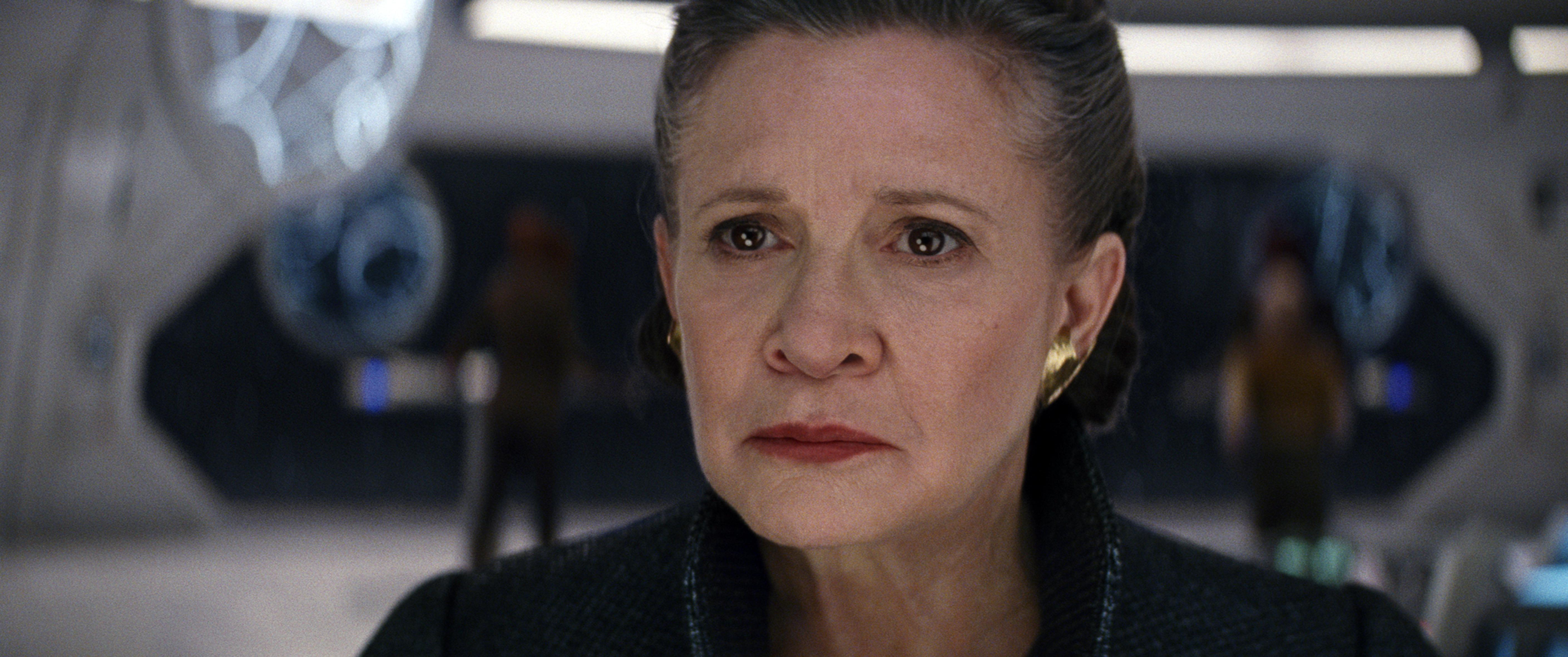 Szerdán kezdik forgatni a Star Wars IX-et, Leia hercegnő is szerepelni fog benne