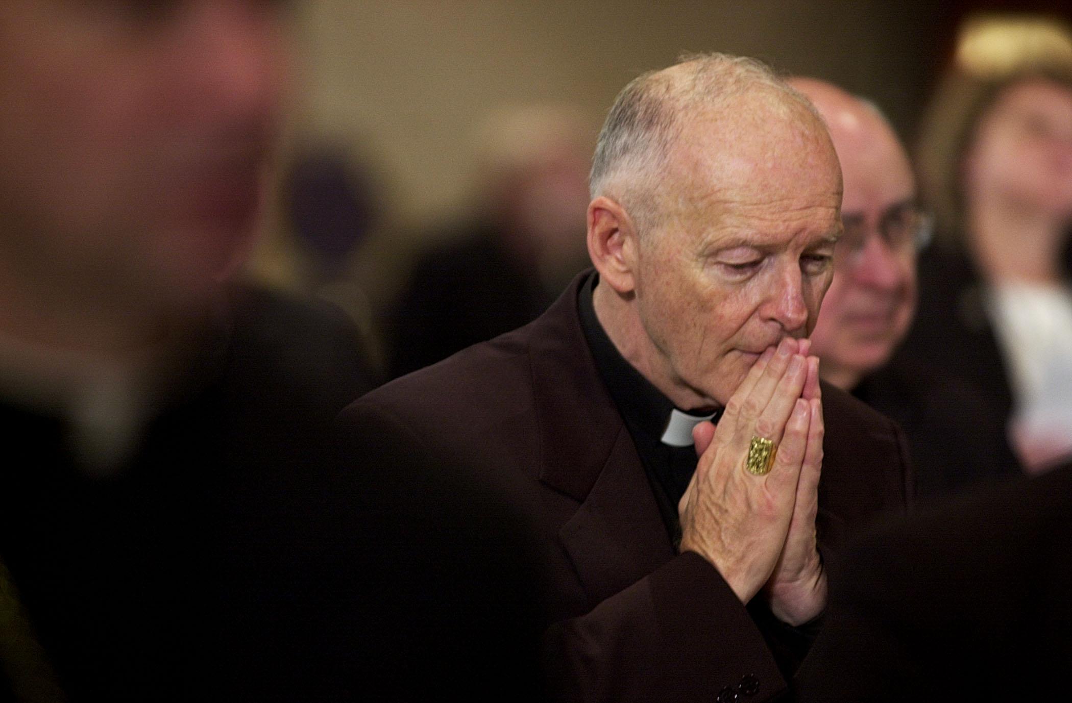 Adományaik visszatartásával büntetnék az amerikai katolikusok a szexbotrányok miatt az egyházat