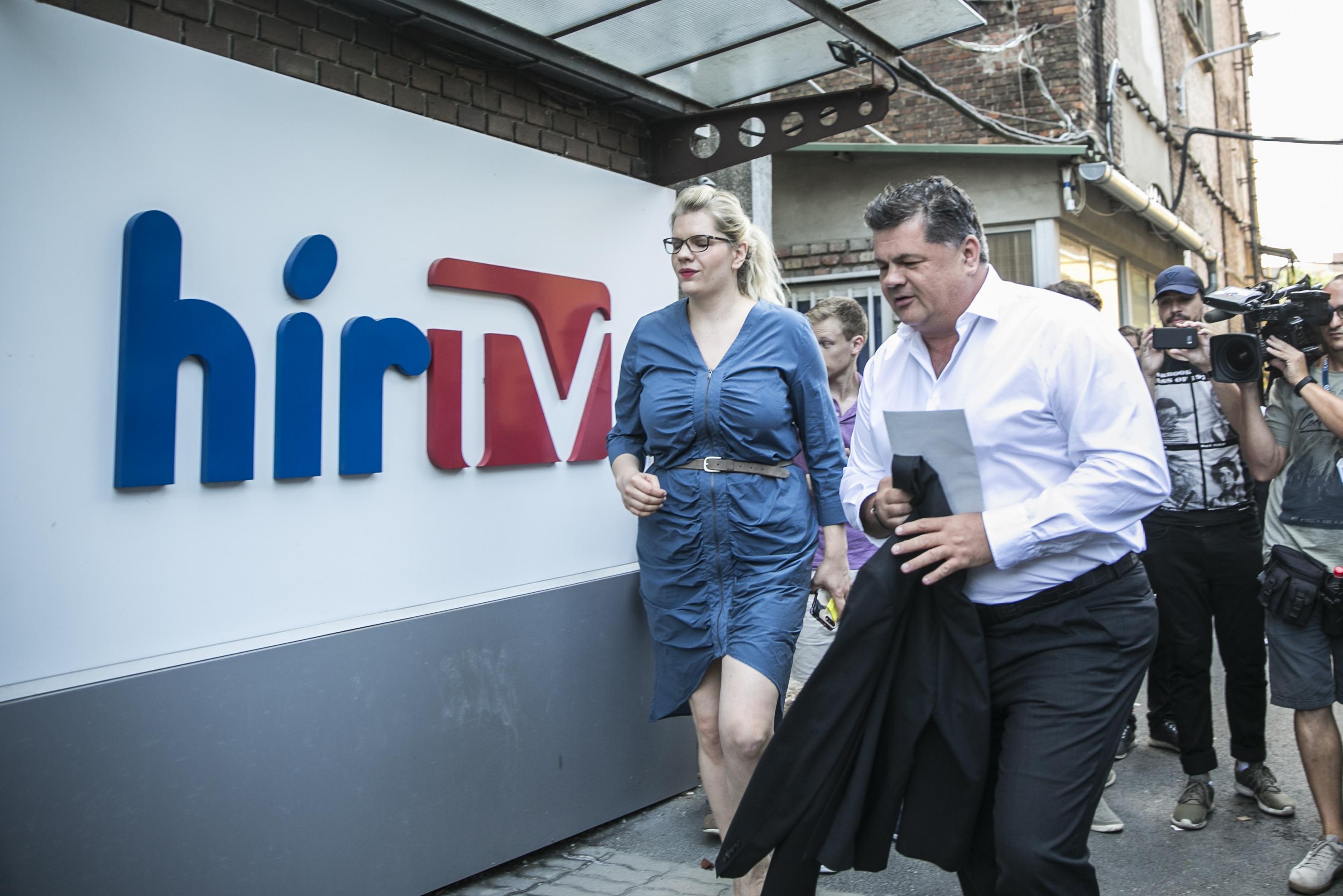 Feljelentik a kormányt a médiafinanszírozási gyakorlata miatt az uniós hatóságoknál