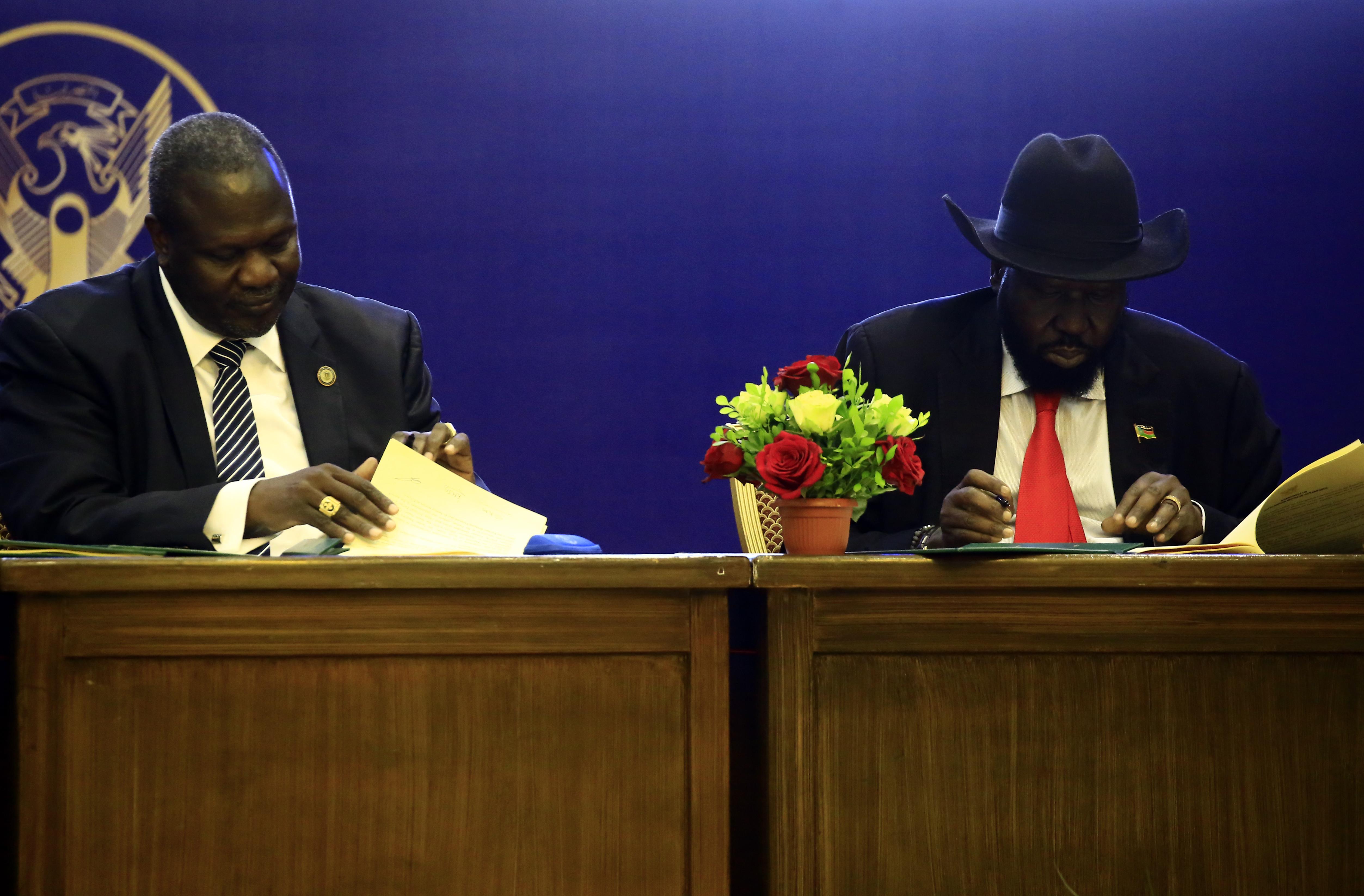 Békét kötött a lázadókkal a dél-szudáni elnök