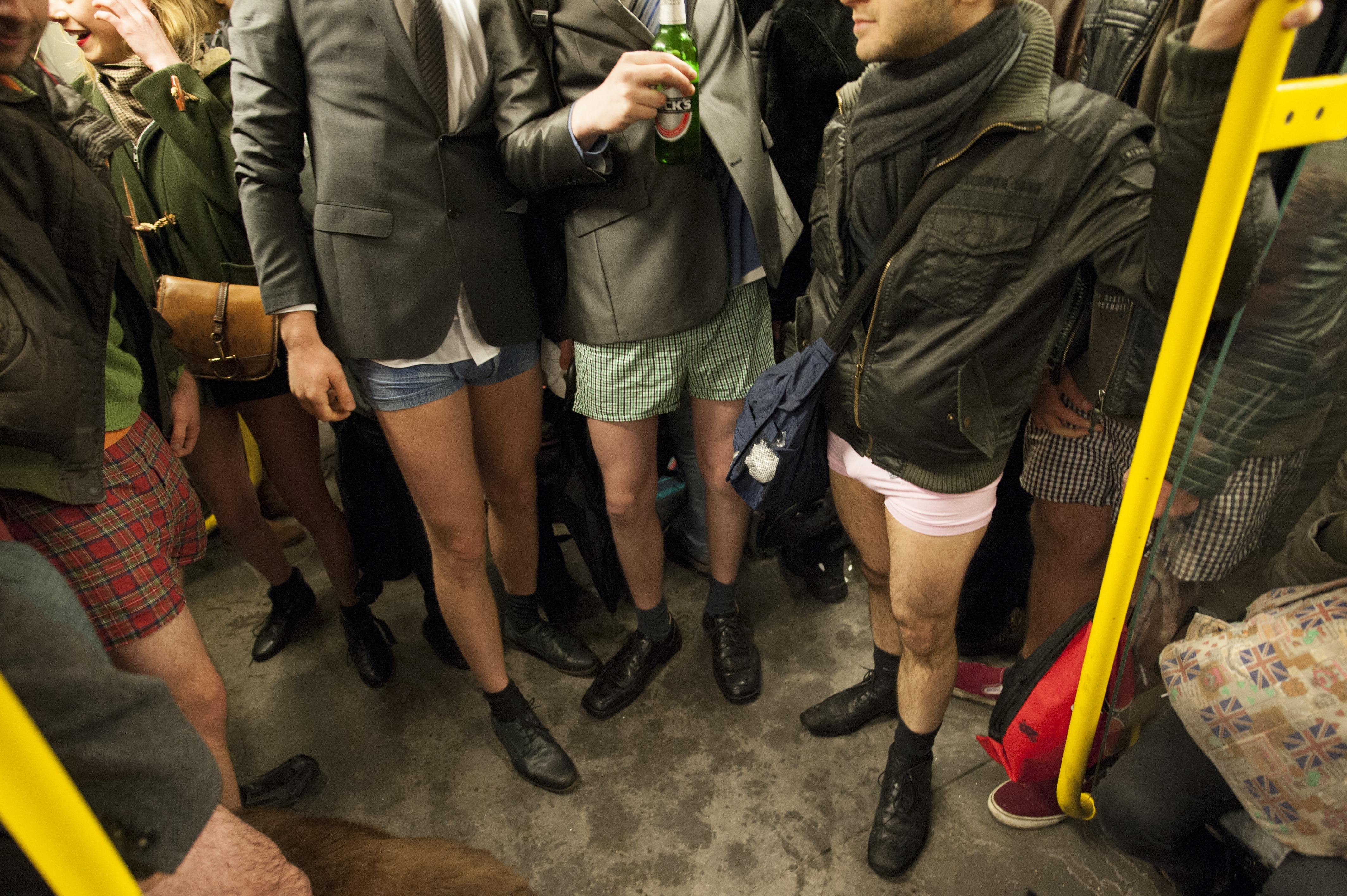 A nap tudományos felfedezése: több spermiummal rendelkeznek a boxeralsót viselő férfiak, mint azok, akik fecskét hordanak
