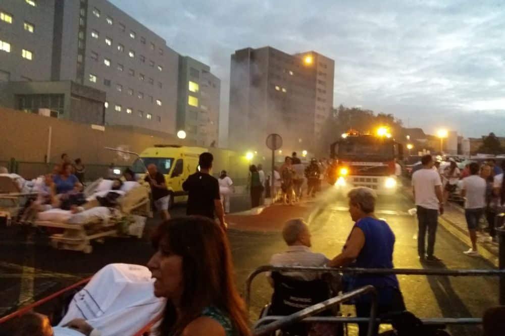 Megunta a várakozást, felgyújtotta a kórházat