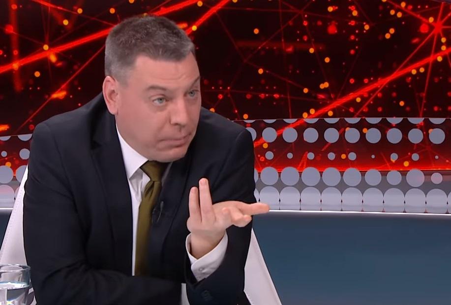 Kiderült, miért gondolja balliberális lapnak a Kurucinfót a fideszes médiaelemző