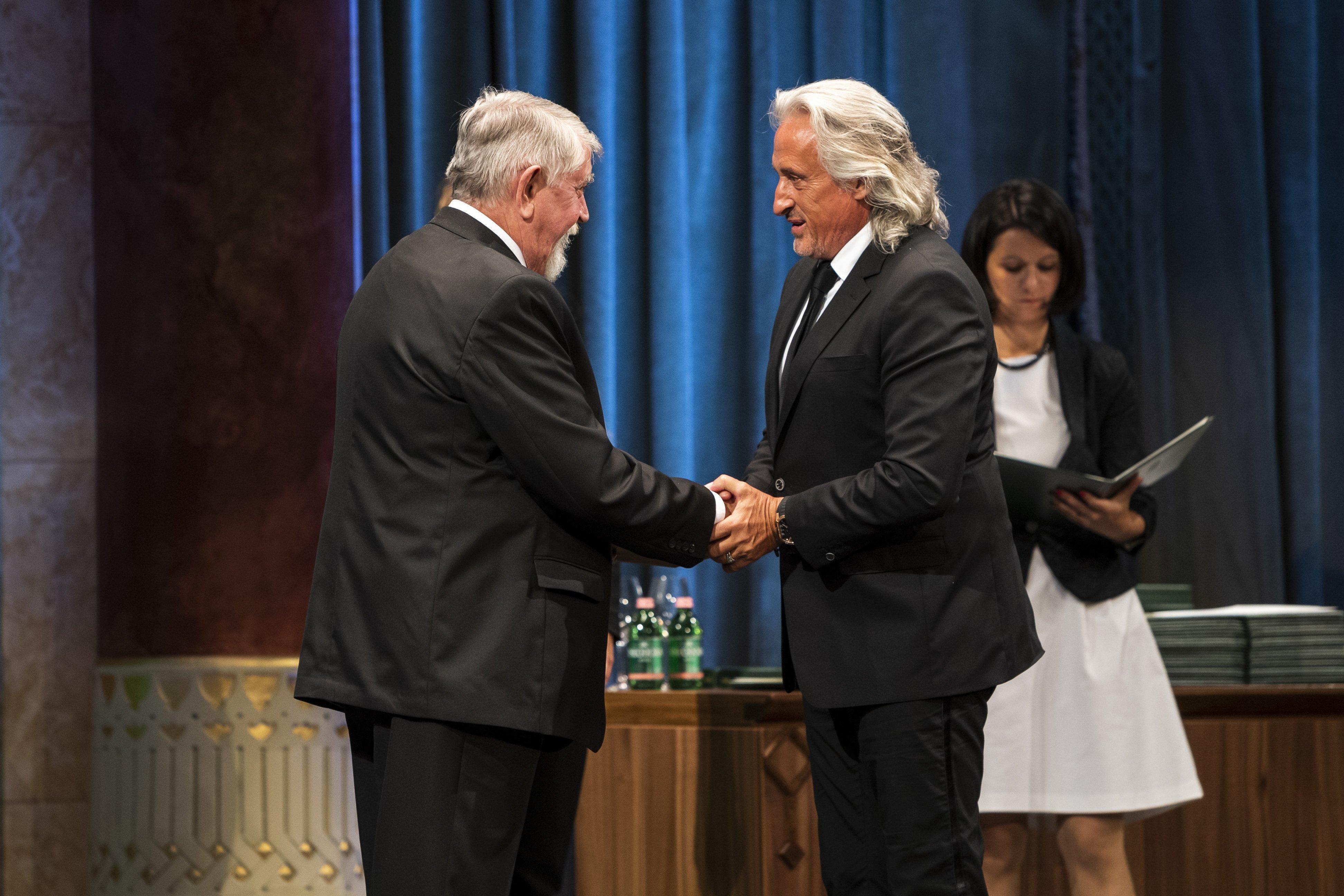 Állami kitüntetést kapott Patyi András és Mága Zoltán is