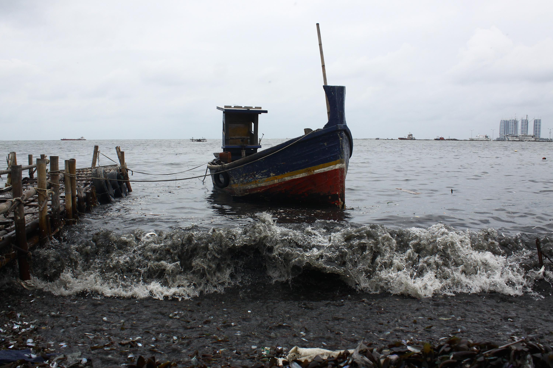Indonézia négy év alatt 488 orvhalász hajót süllyesztett el