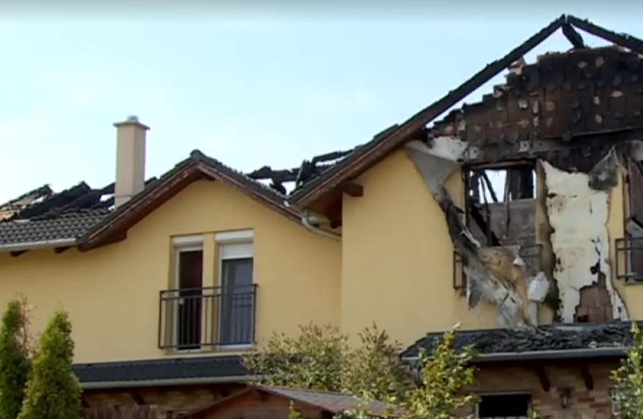 Villám csapott egy társasházba Dunakeszin, 16-an maradtak tető nélkül