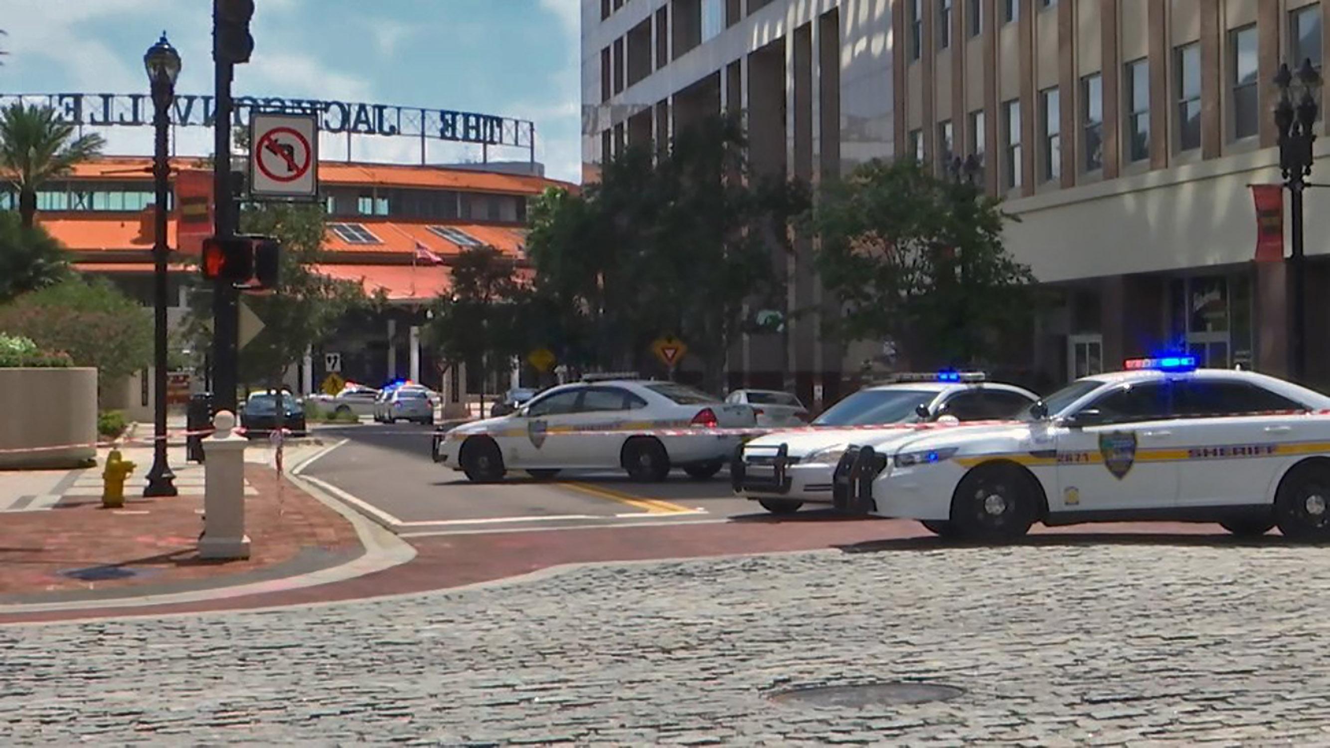 Lövöldözés történt egy floridai videójáték-bajnokságon, négyen meghaltak