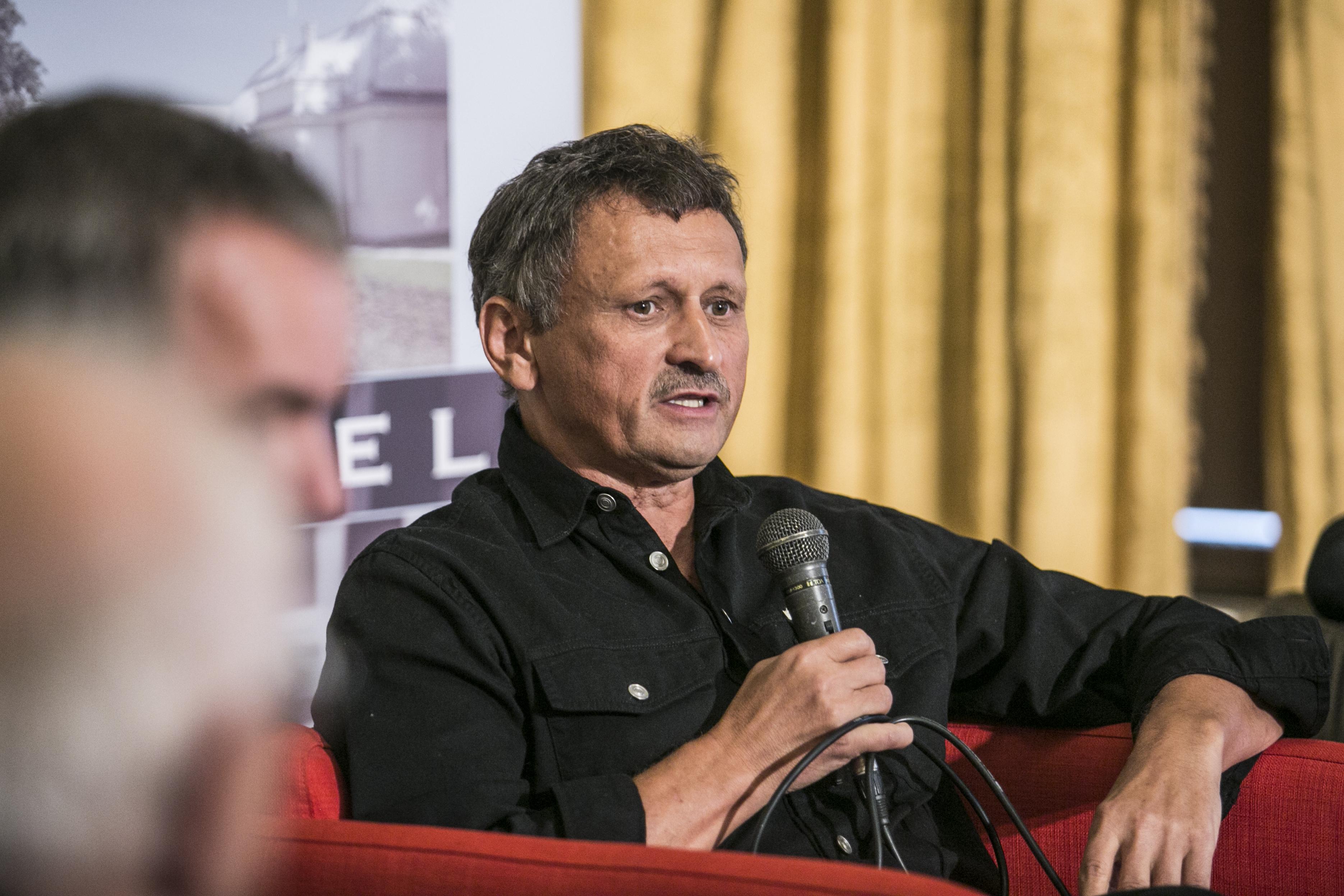 Már a fideszes médiabirodalomban is azt olvashatjuk, hogy Magyarországon autokrácia épült ki
