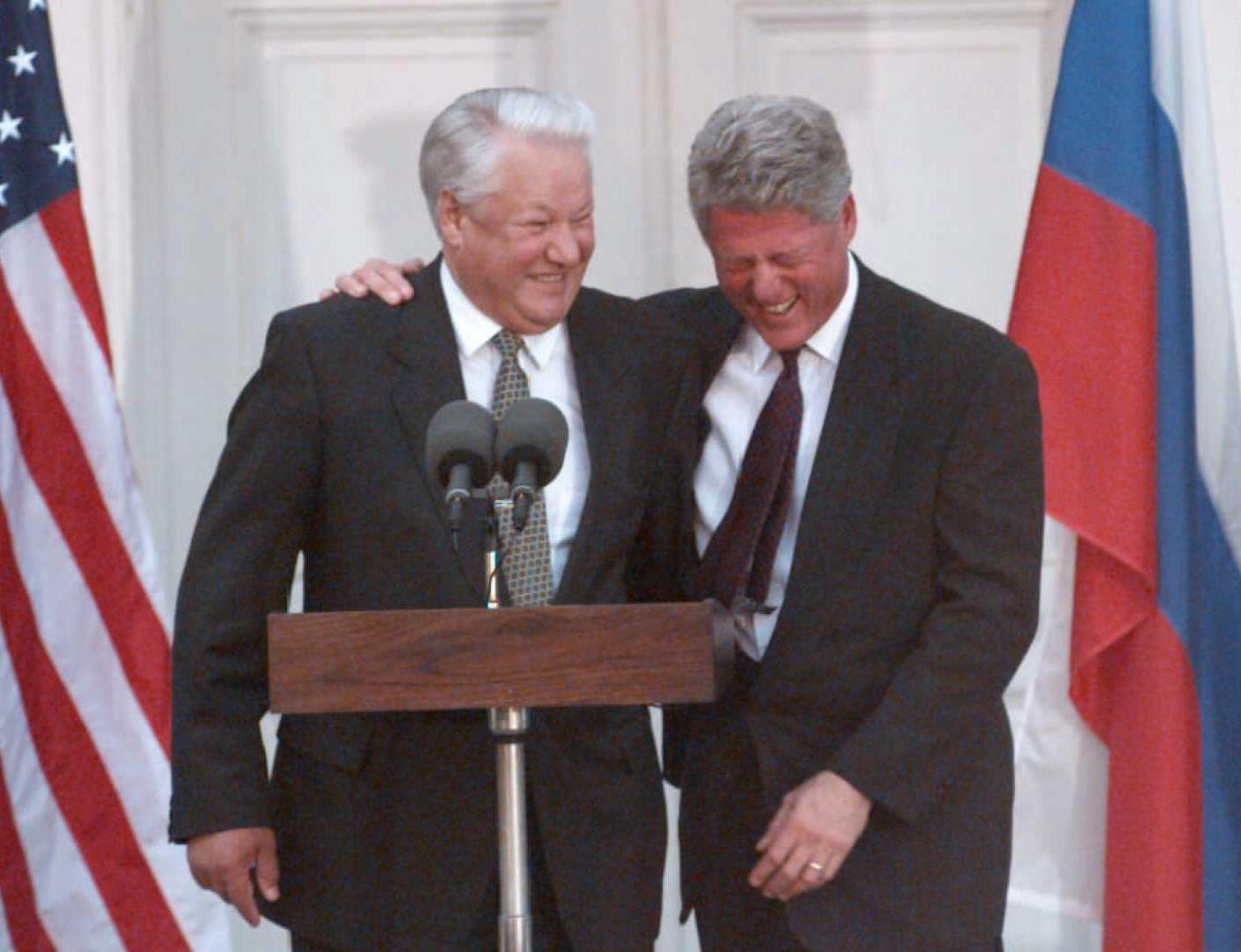 """""""Nem látok ebben mást, csak Oroszország megalázását"""" - mondta Jelcin Clintonnak a NATO-tagságunkról"""