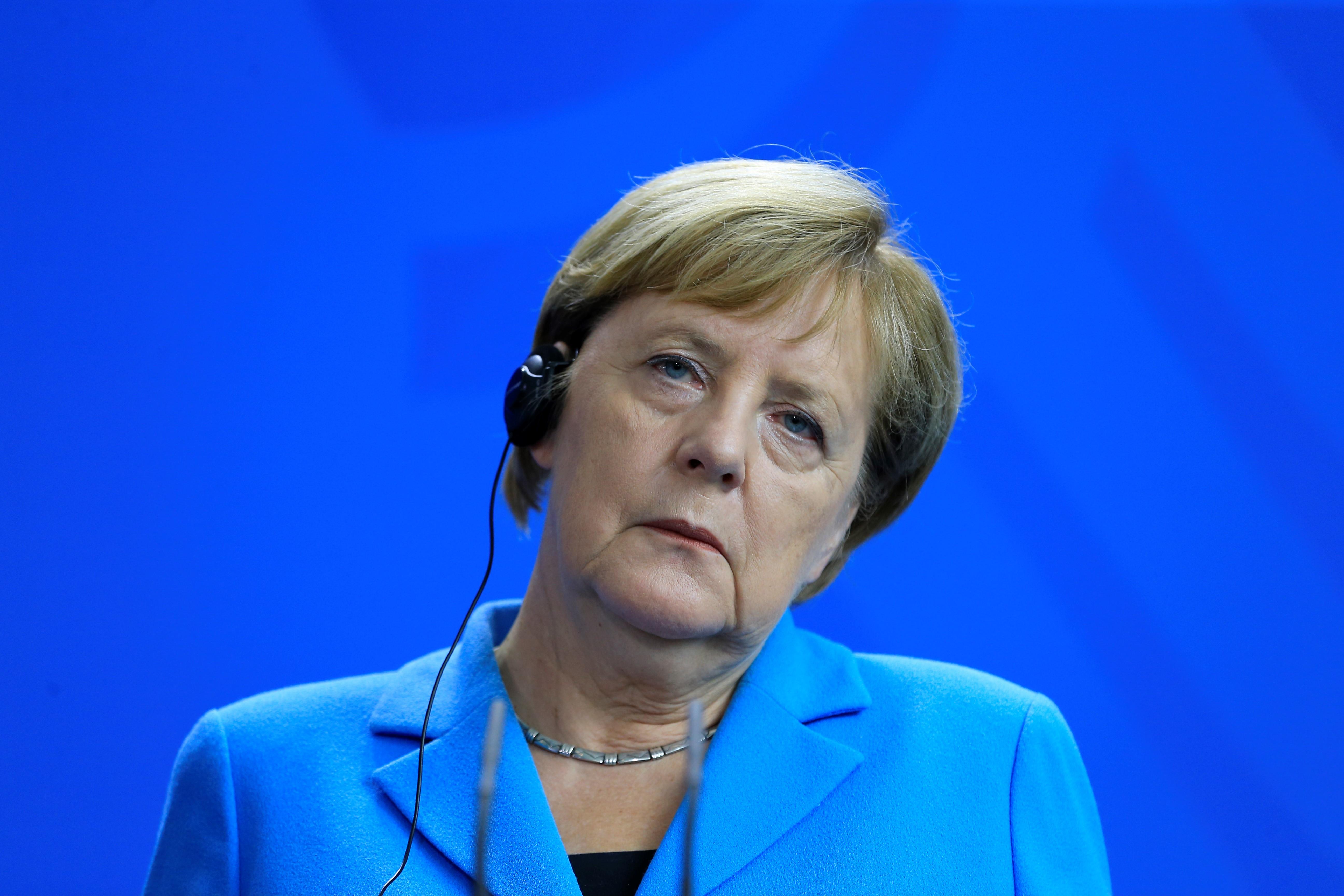 Angela Merkel szerint egyértelmű, hogy Chemnitzben ártatlan embereket üldöztek az utcán