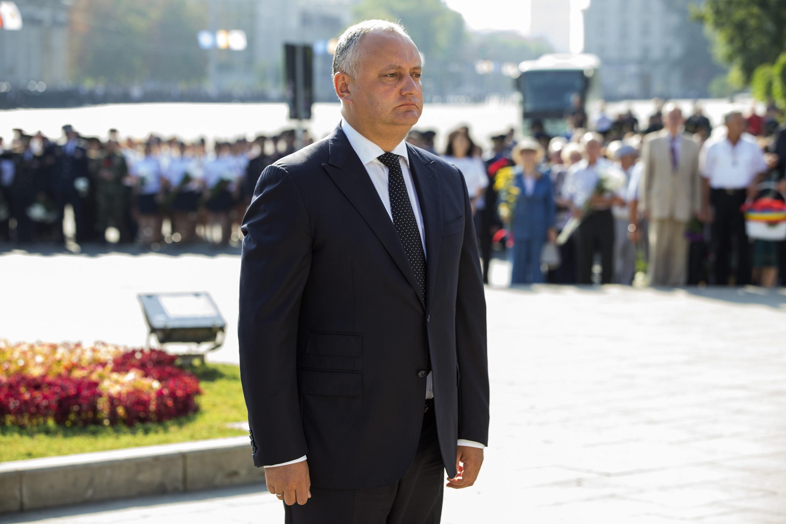 Havi egymillió dollárt kaphatott a moldovai elnök pártja Moszkvából