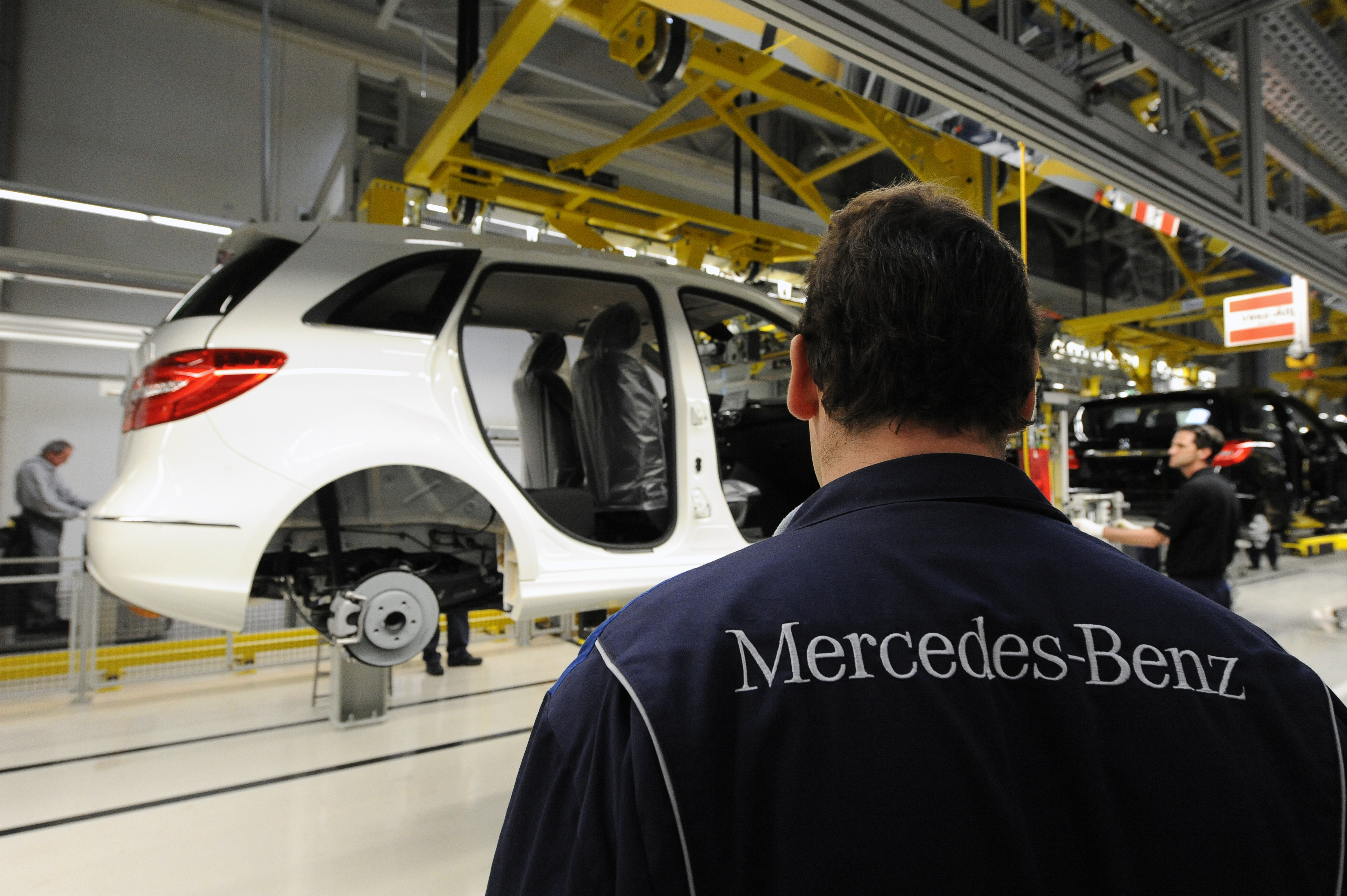 Felfüggesztették Kecskeméten a Mercedes-gyár bővítését
