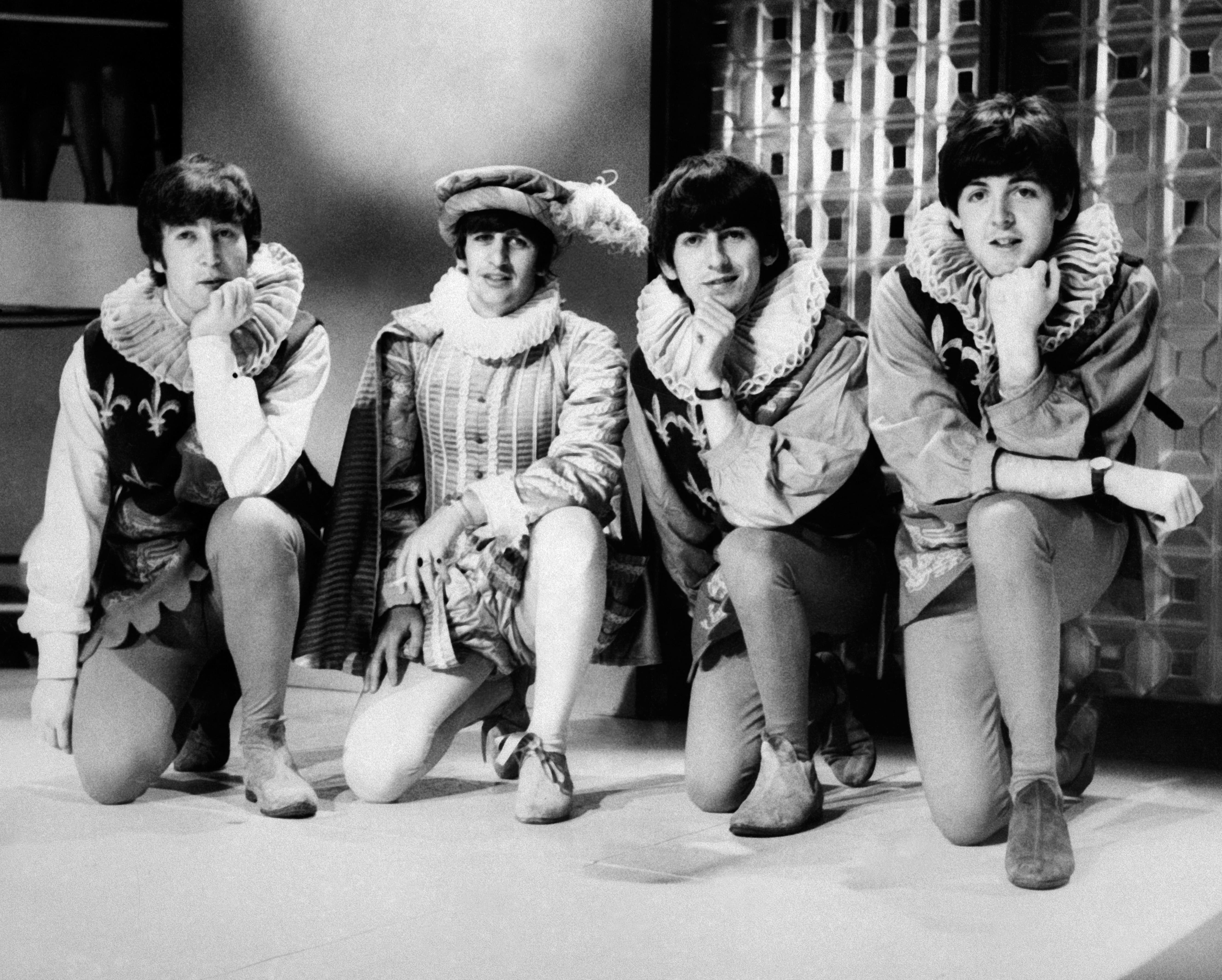 Paul McCartney elég részletesen elmesélte, hogyan maszturbáltak közösen John Lennonnal