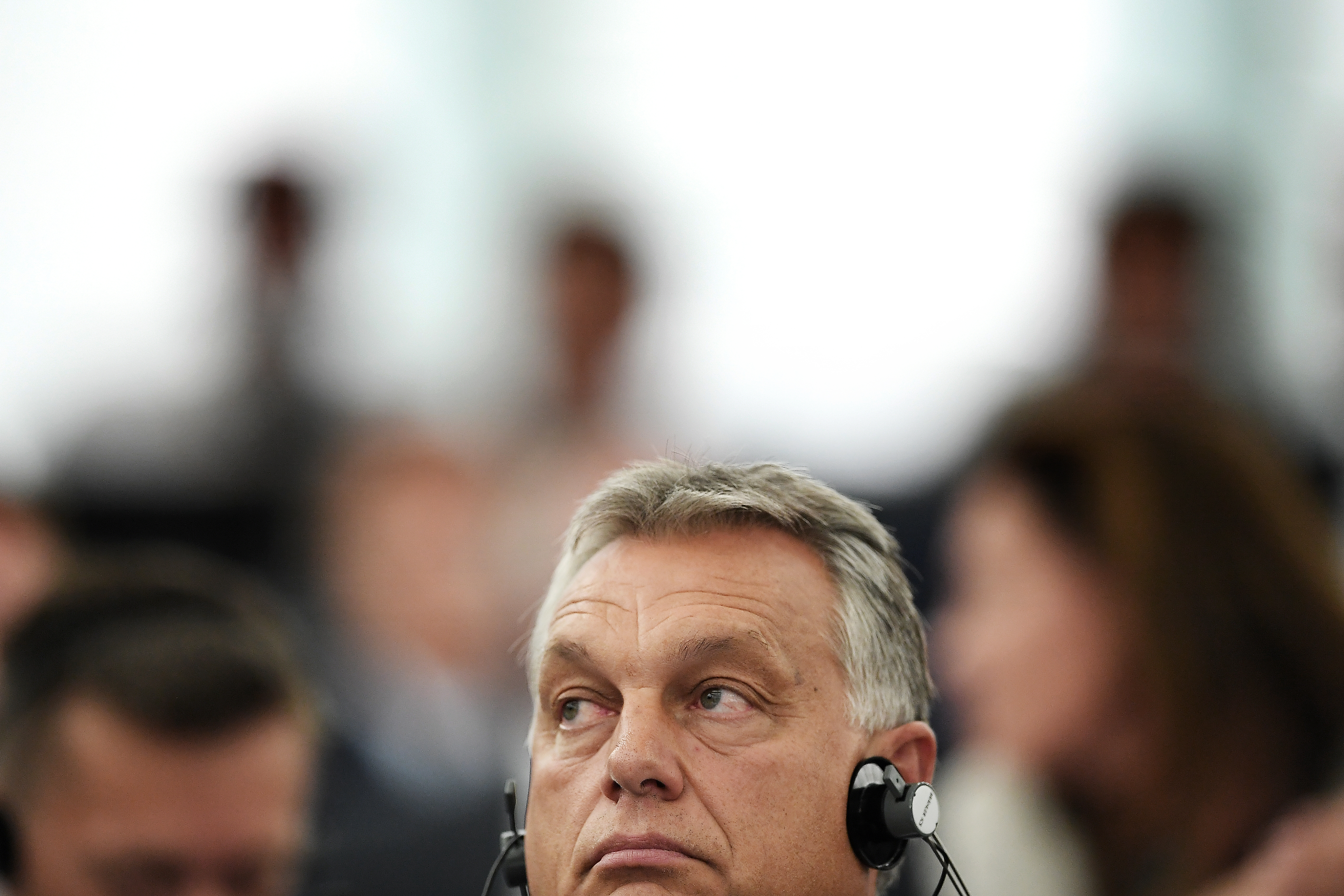 Hazaáruló-e Orbán Viktor?