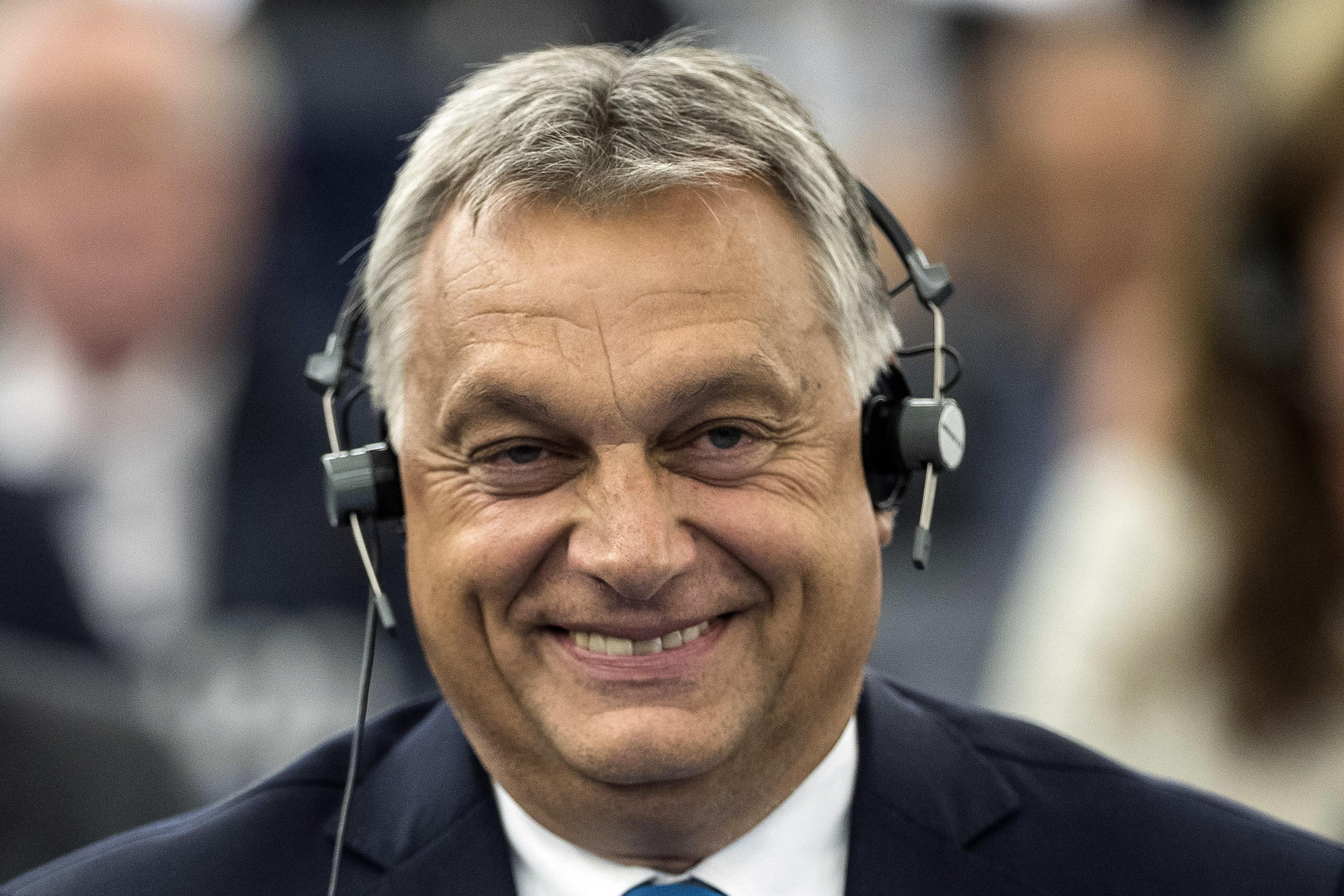 Orbán fogadni merne, hogy a CEU nem lép le Budapestről