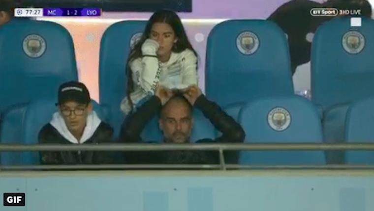 Olyan rossz volt a csapata, hogy szegény Guardiola kínjában felpumpálta a fejét