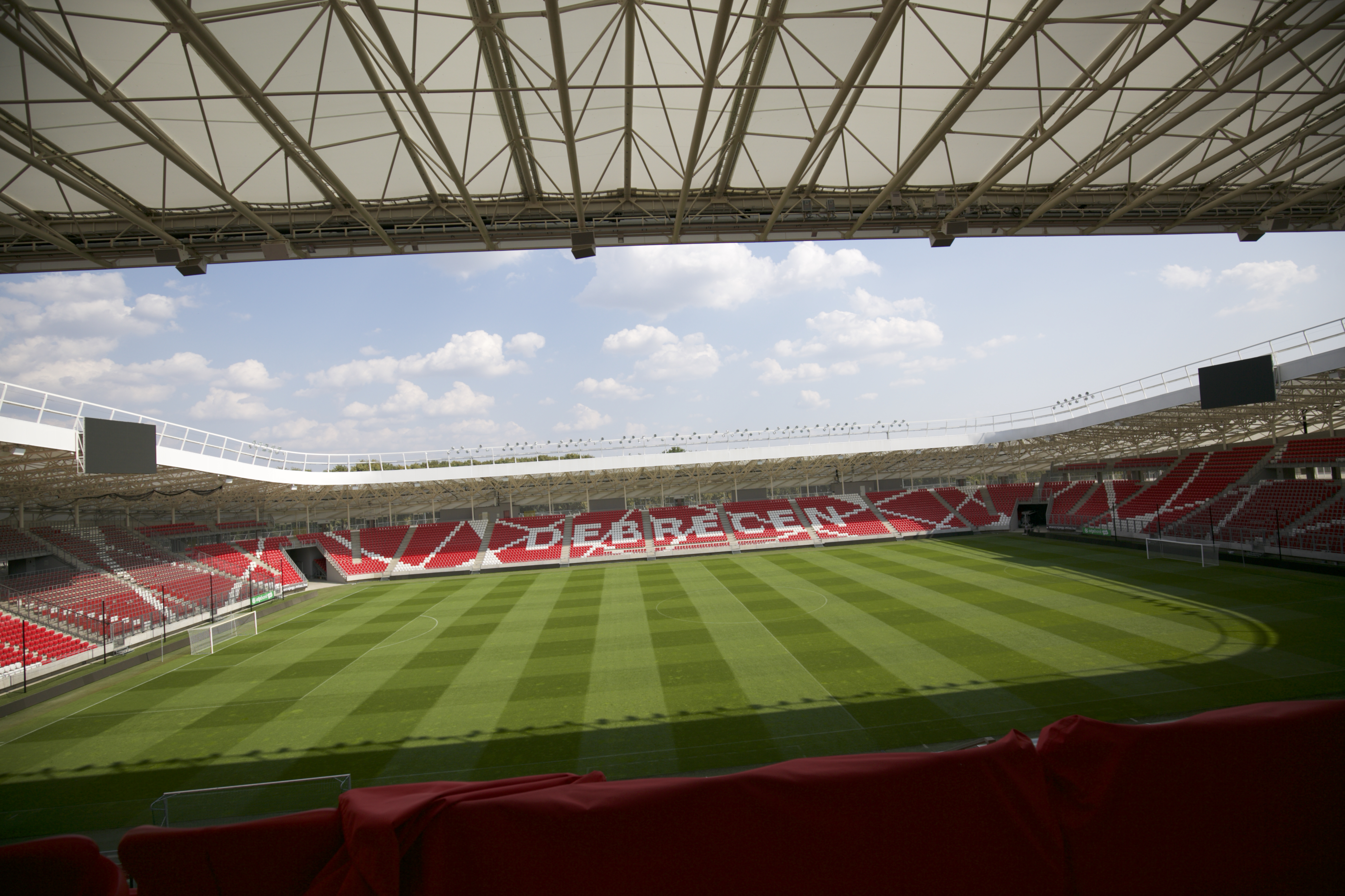Tavasz óta 21 ezer focipályányi terület égett le Magyarországon