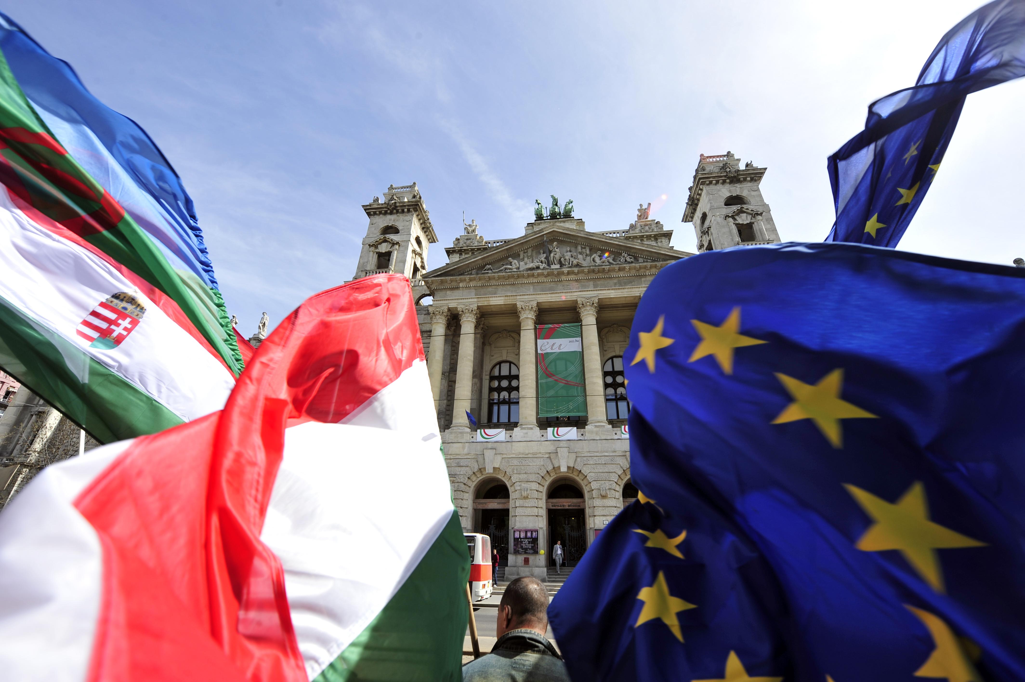 Mire jó az Európai Ügyészség, és miért gyűjtenek egymillió aláírást, hogy Magyarország csatlakozzon hozzá?