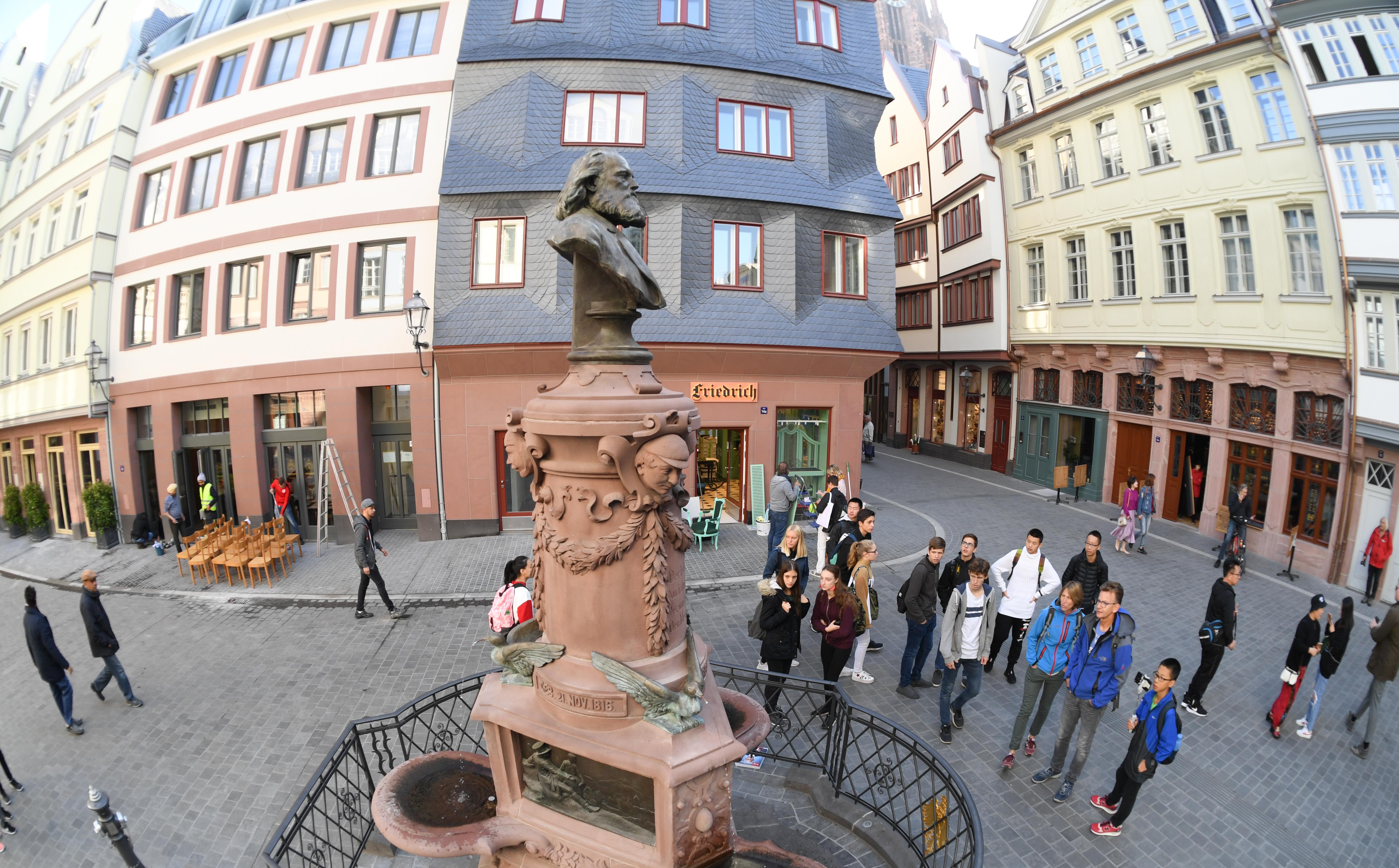 Újjáépítették Frankfurt óvárosát