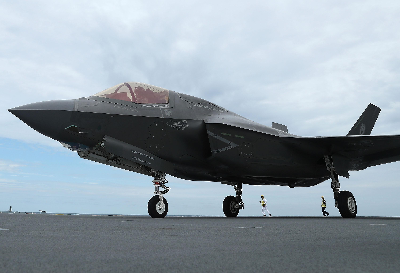 Először zuhant le a történelem legdrágább vadászgépe, egy F-35-ös